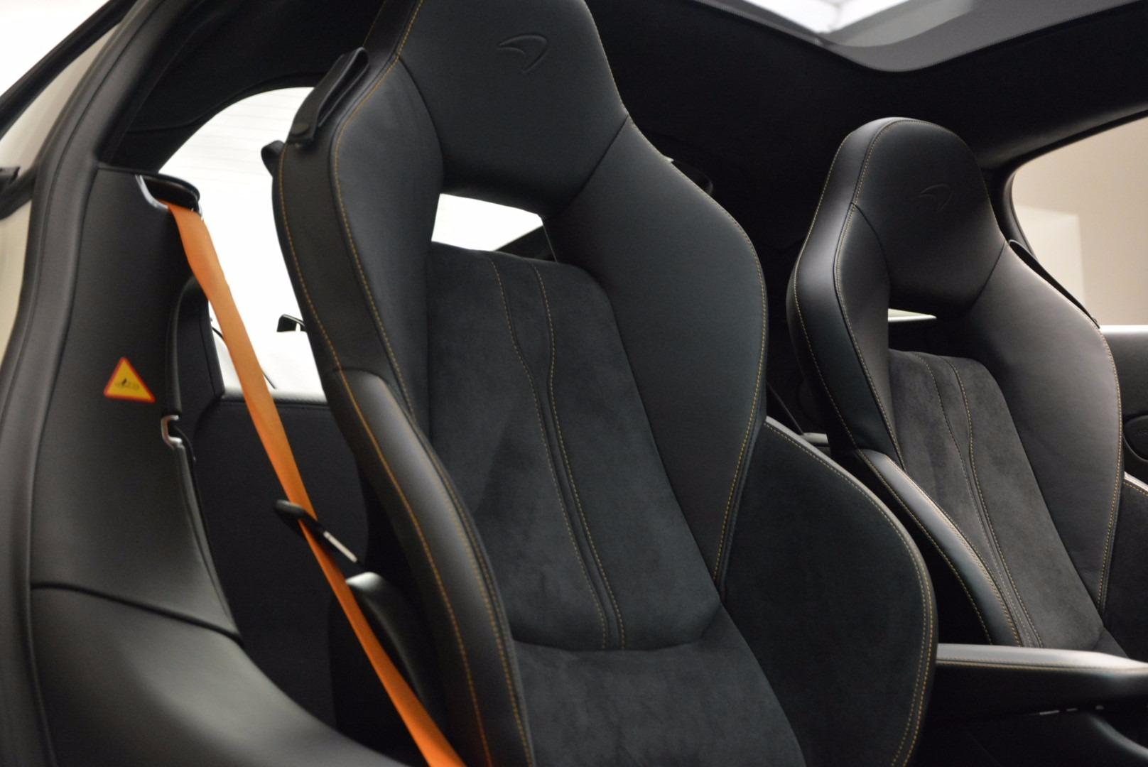Used 2017 McLaren 570GT  For Sale In Greenwich, CT. Alfa Romeo of Greenwich, MC303 1455_p20