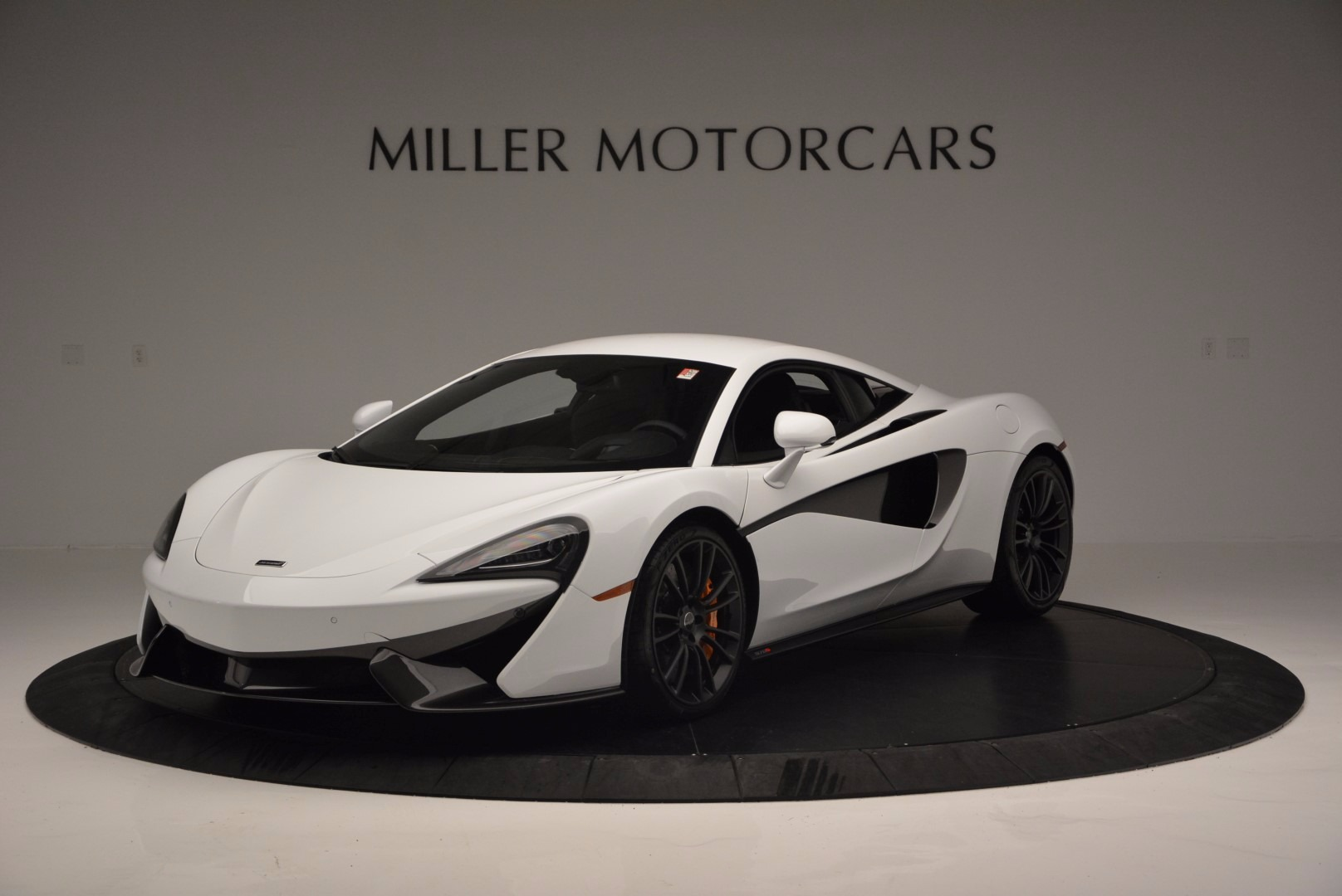 Used 2016 McLaren 570S  For Sale In Greenwich, CT. Alfa Romeo of Greenwich, 3104 1464_main