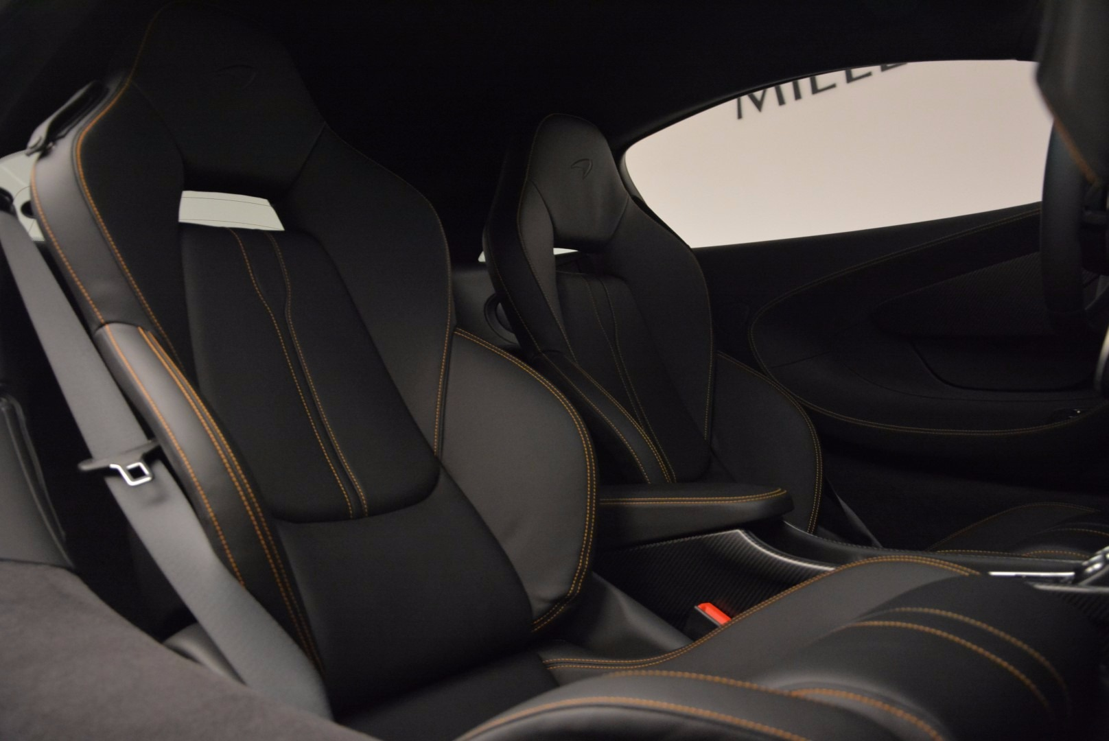 Used 2016 McLaren 570S  For Sale In Greenwich, CT. Alfa Romeo of Greenwich, 3104 1464_p18
