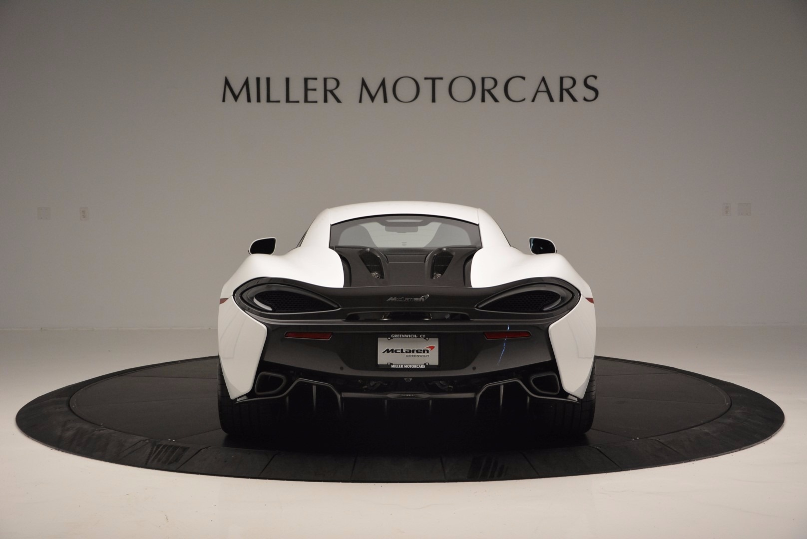 Used 2016 McLaren 570S  For Sale In Greenwich, CT. Alfa Romeo of Greenwich, 3104 1464_p6