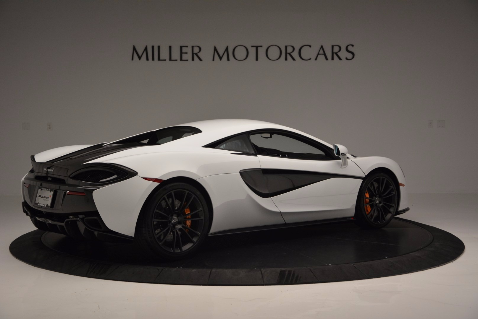 Used 2016 McLaren 570S  For Sale In Greenwich, CT. Alfa Romeo of Greenwich, 3104 1464_p8