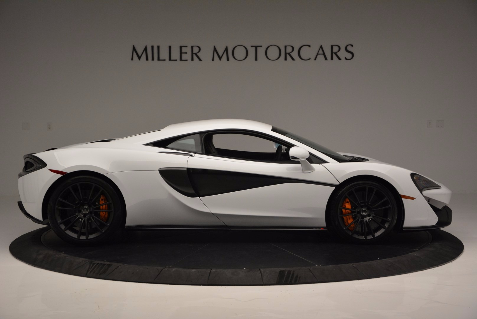 Used 2016 McLaren 570S  For Sale In Greenwich, CT. Alfa Romeo of Greenwich, 3104 1464_p9