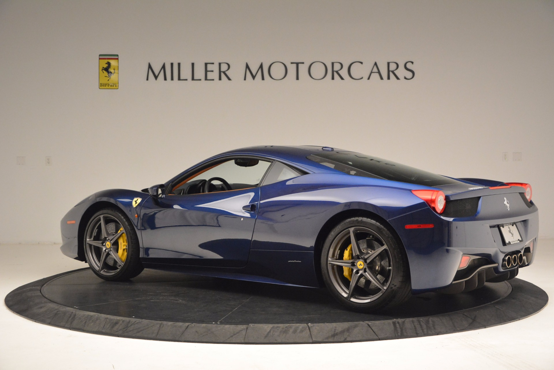 Used 2013 Ferrari 458 Italia  For Sale In Greenwich, CT. Alfa Romeo of Greenwich, F1817A 1465_p4