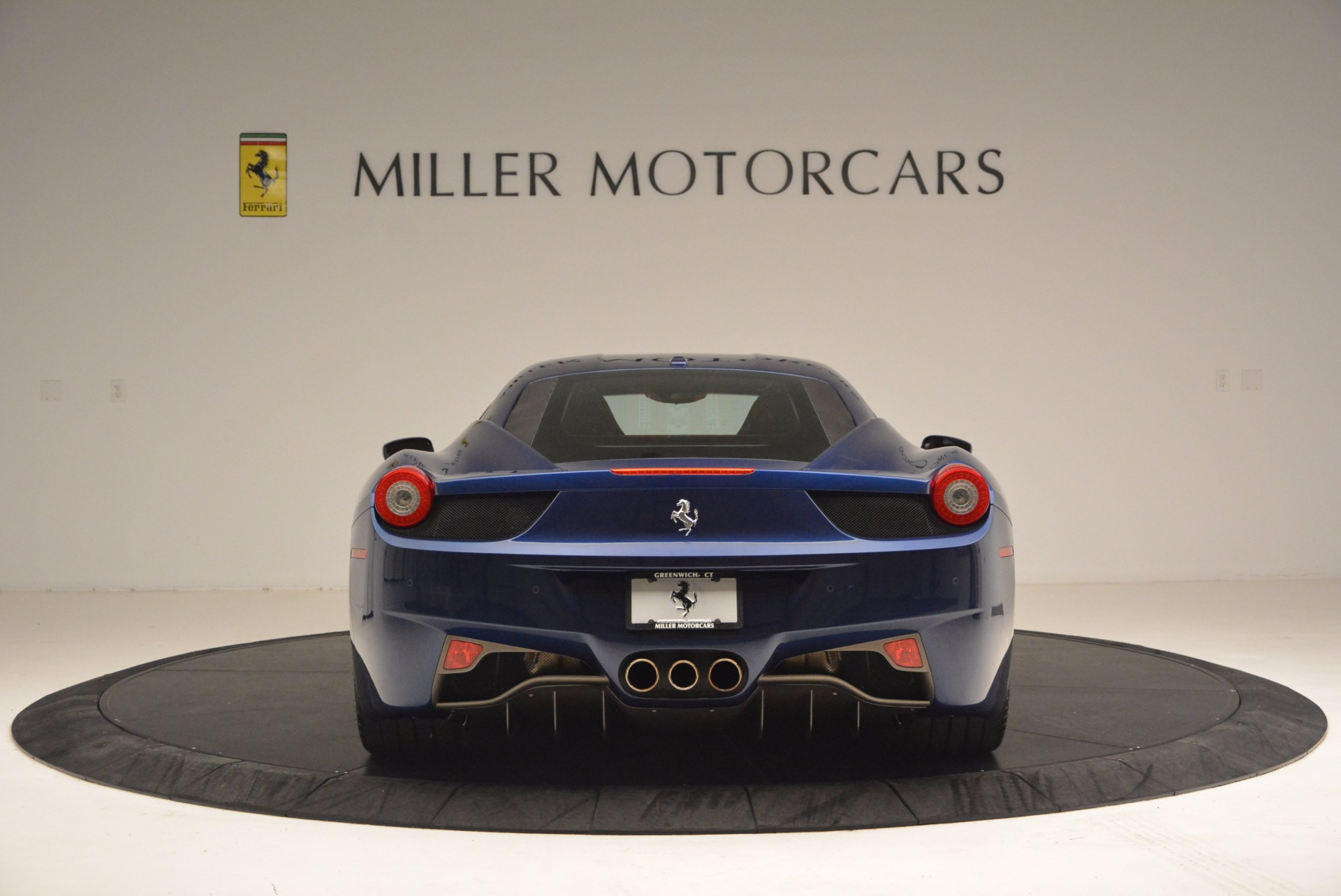 Used 2013 Ferrari 458 Italia  For Sale In Greenwich, CT. Alfa Romeo of Greenwich, F1817A 1465_p6