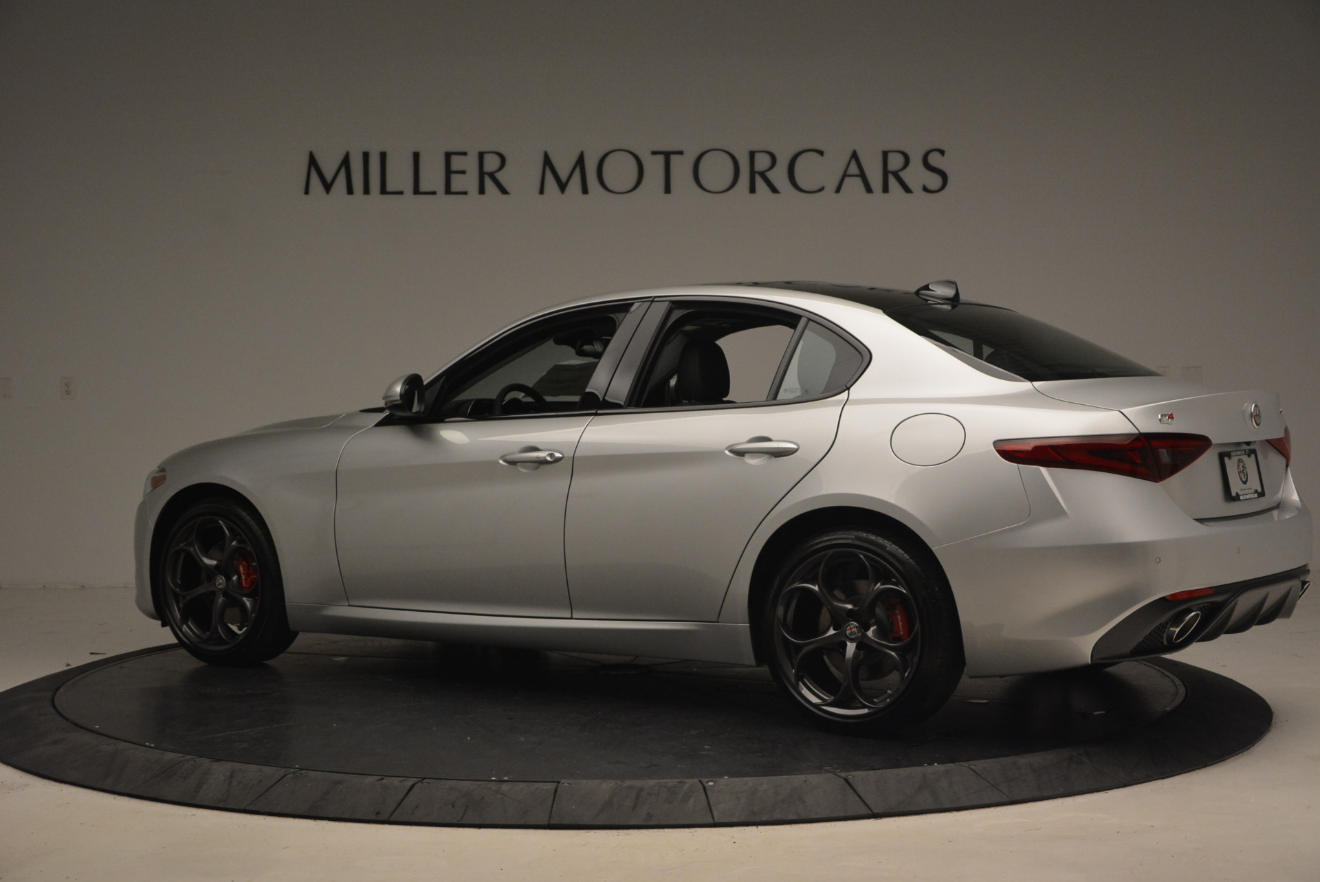 New 2017 Alfa Romeo Giulia Ti Q4 For Sale In Greenwich, CT. Alfa Romeo of Greenwich, L207 1467_p4
