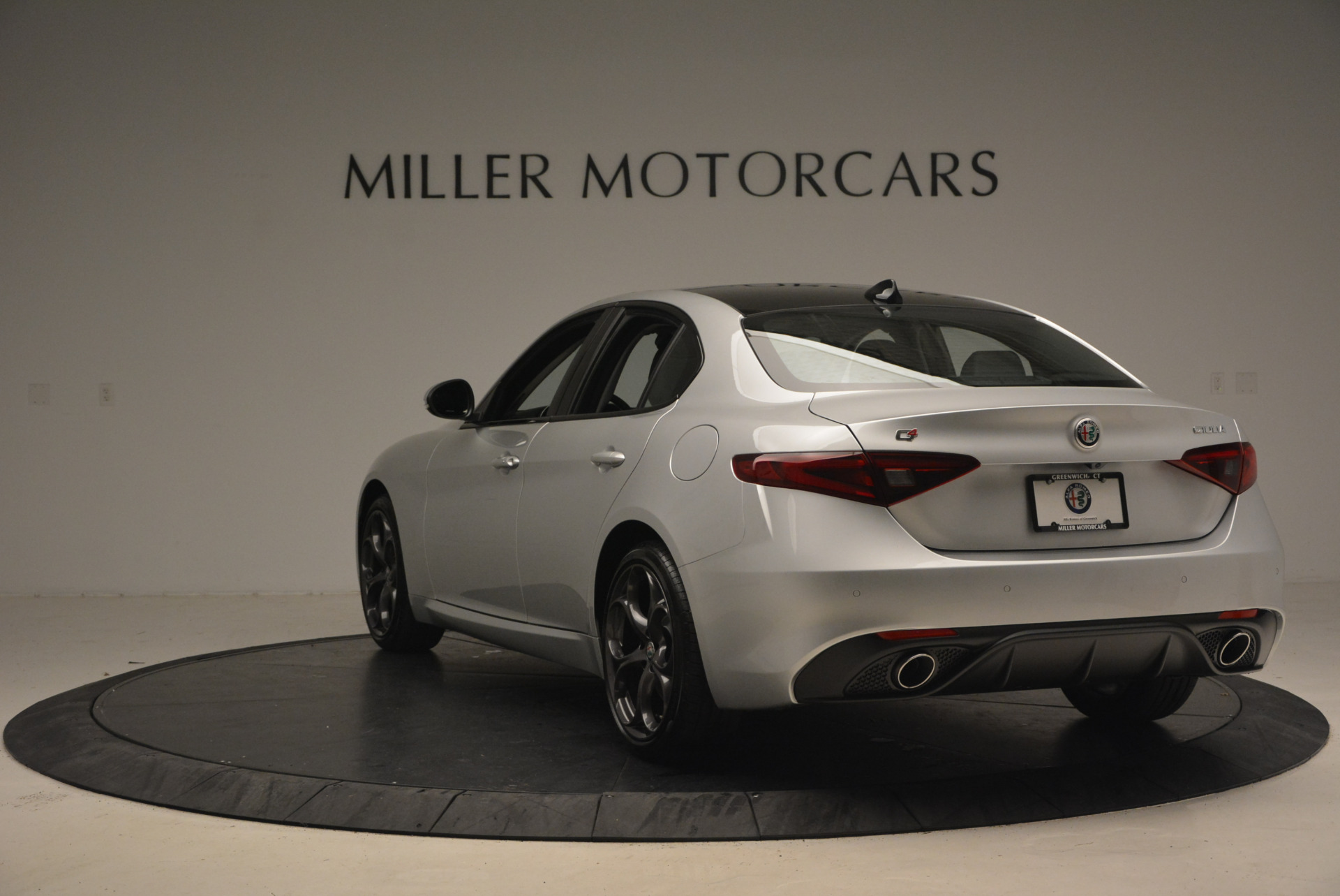 New 2017 Alfa Romeo Giulia Ti Q4 For Sale In Greenwich, CT. Alfa Romeo of Greenwich, L207 1467_p5