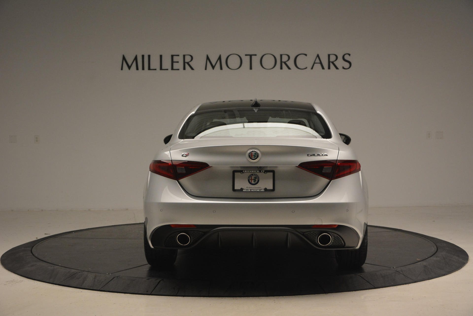New 2017 Alfa Romeo Giulia Ti Q4 For Sale In Greenwich, CT. Alfa Romeo of Greenwich, L207 1467_p6