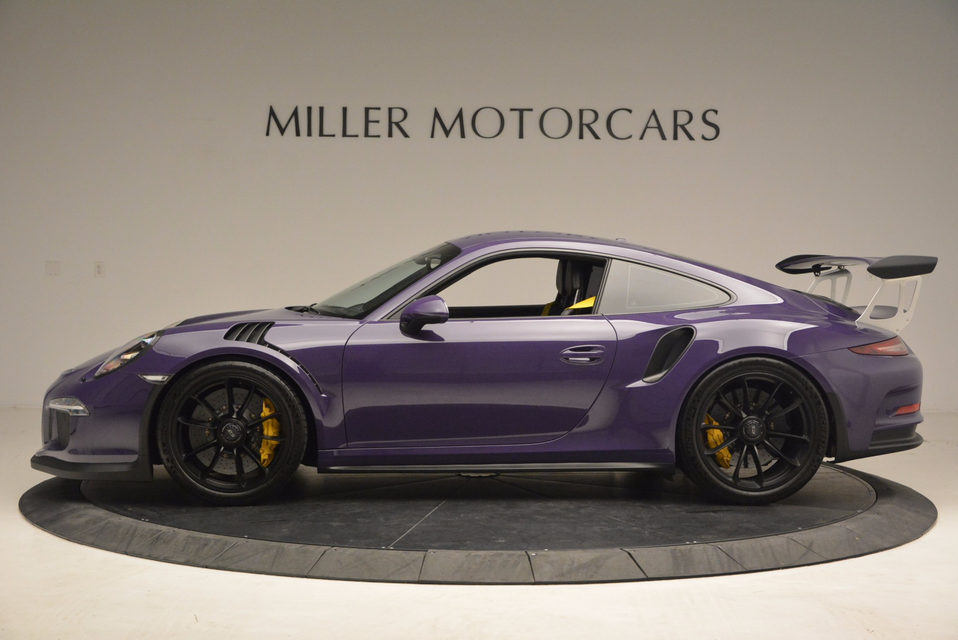 Used 2016 Porsche 911 GT3 RS For Sale In Greenwich, CT. Alfa Romeo of Greenwich, 3107 1469_p3
