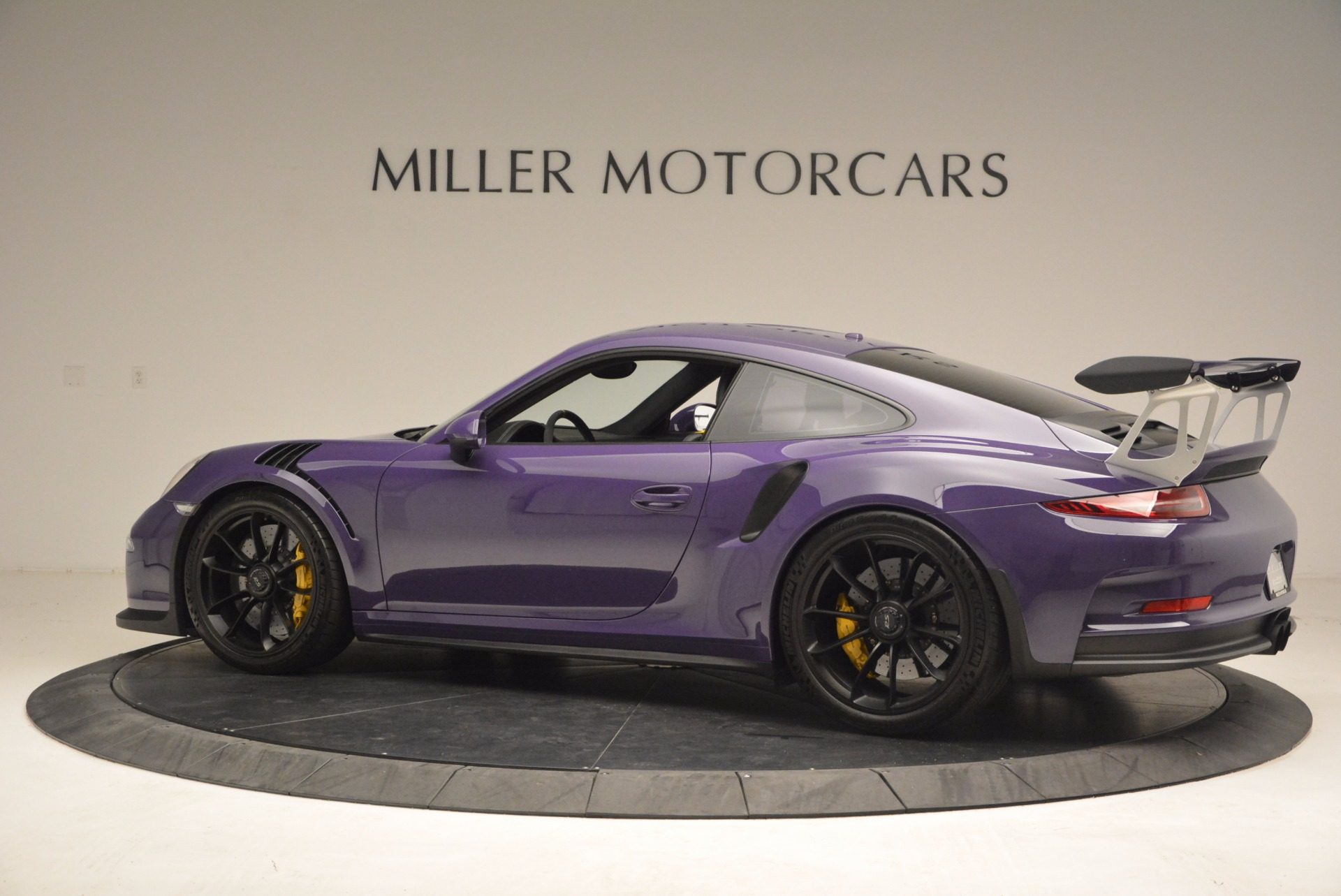 Used 2016 Porsche 911 GT3 RS For Sale In Greenwich, CT. Alfa Romeo of Greenwich, 3107 1469_p4