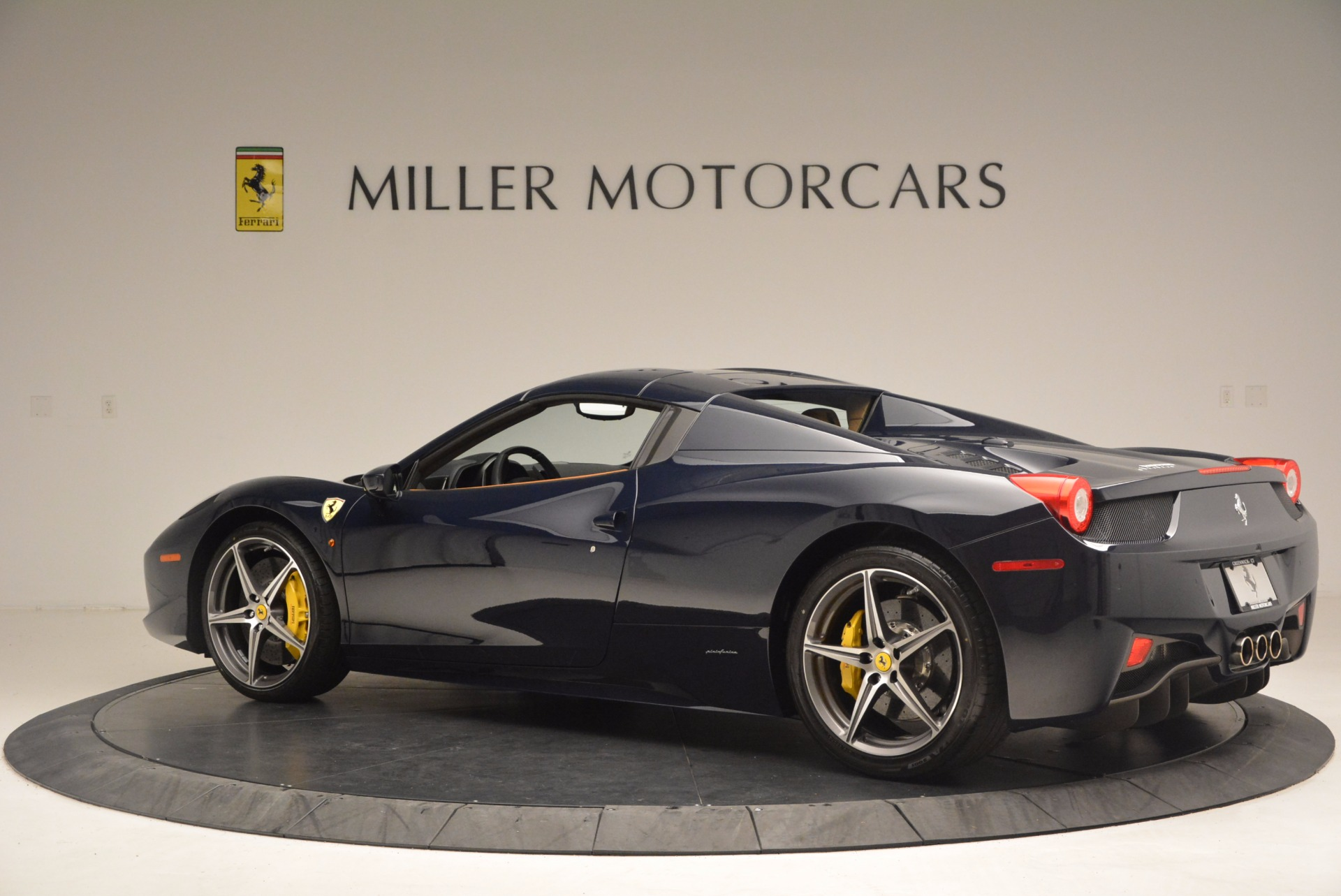 Used 2015 Ferrari 458 Spider  For Sale In Greenwich, CT. Alfa Romeo of Greenwich, F1820A 1477_p14