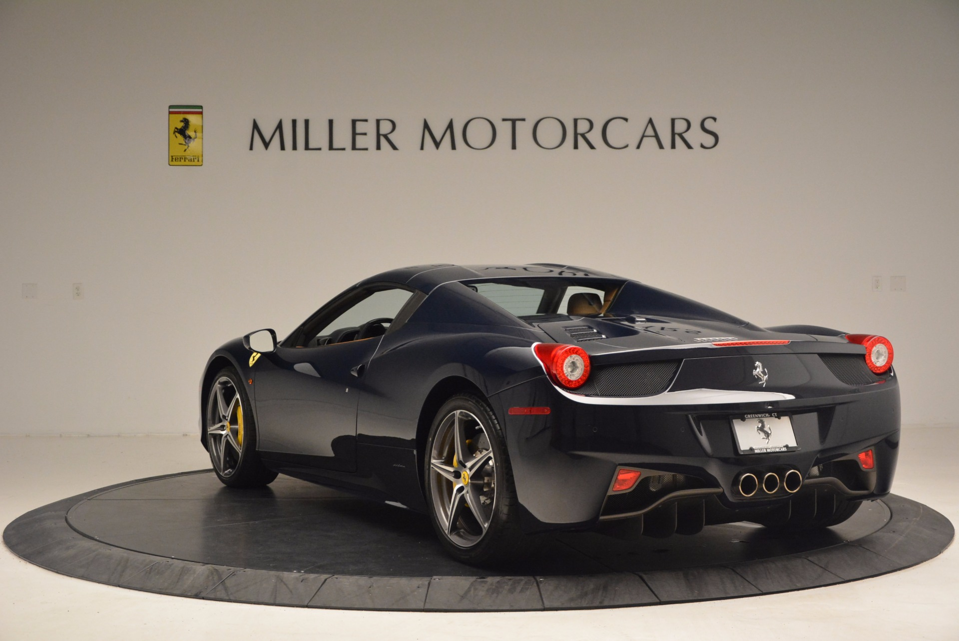 Used 2015 Ferrari 458 Spider  For Sale In Greenwich, CT. Alfa Romeo of Greenwich, F1820A 1477_p15
