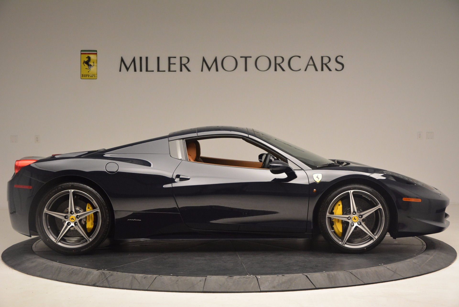 Used 2015 Ferrari 458 Spider  For Sale In Greenwich, CT. Alfa Romeo of Greenwich, F1820A 1477_p19
