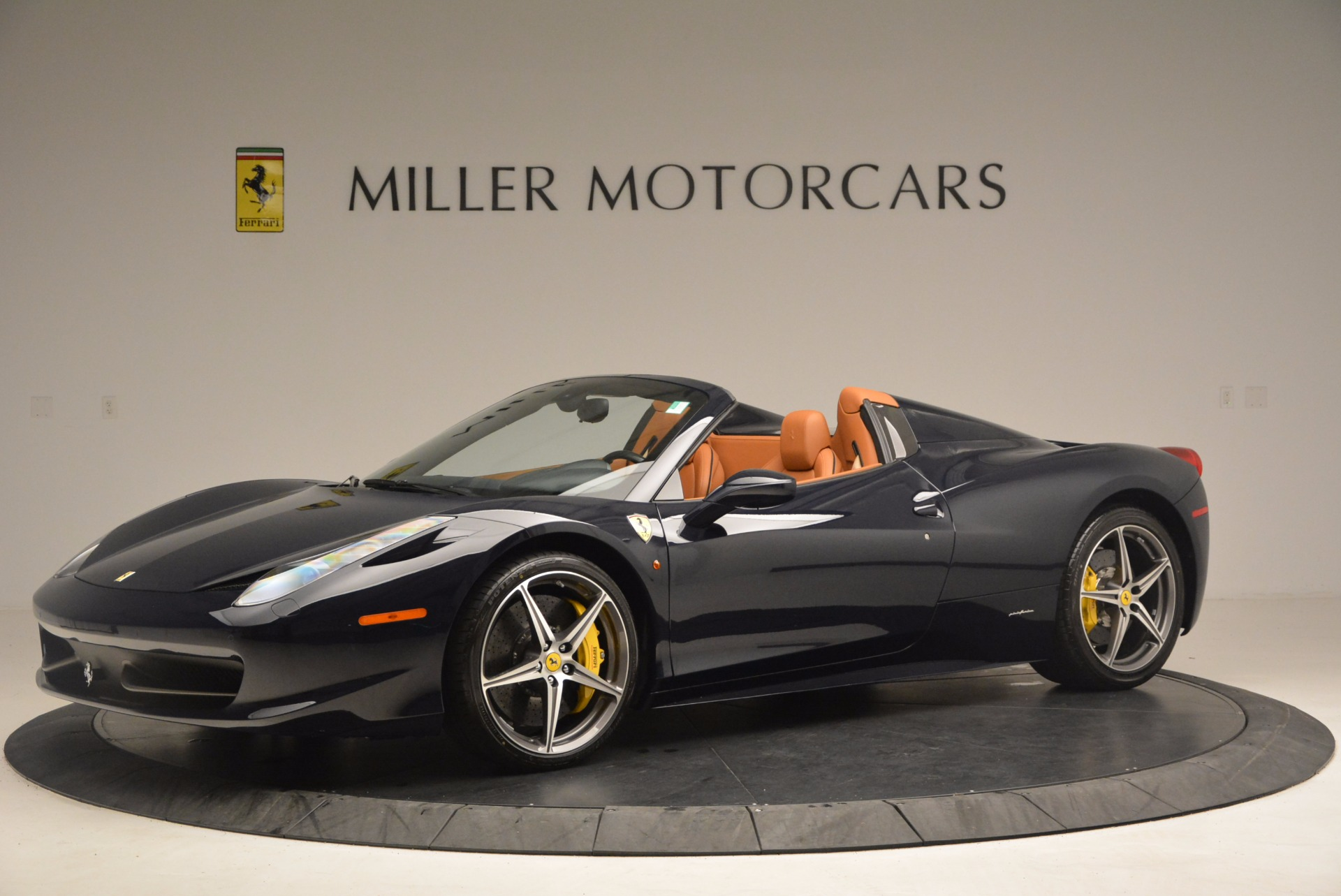 Used 2015 Ferrari 458 Spider  For Sale In Greenwich, CT. Alfa Romeo of Greenwich, F1820A 1477_p2
