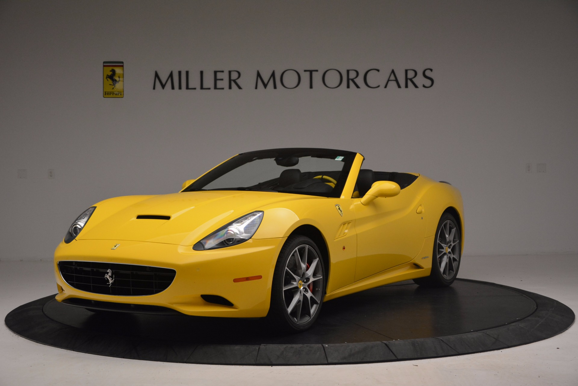 Used 2011 Ferrari California  For Sale In Greenwich, CT. Alfa Romeo of Greenwich, 4412