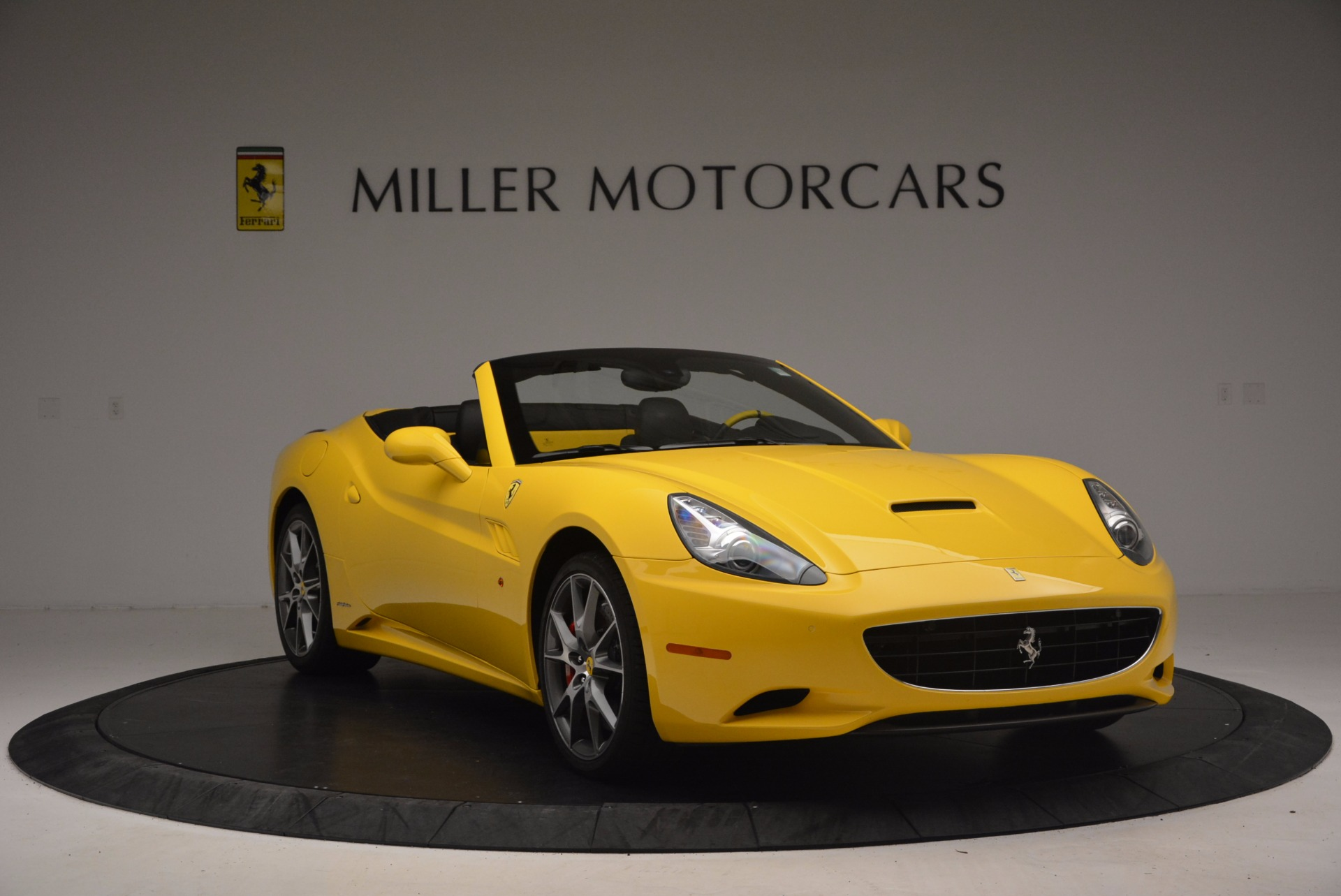 Used 2011 Ferrari California  For Sale In Greenwich, CT. Alfa Romeo of Greenwich, 4412 1481_p11