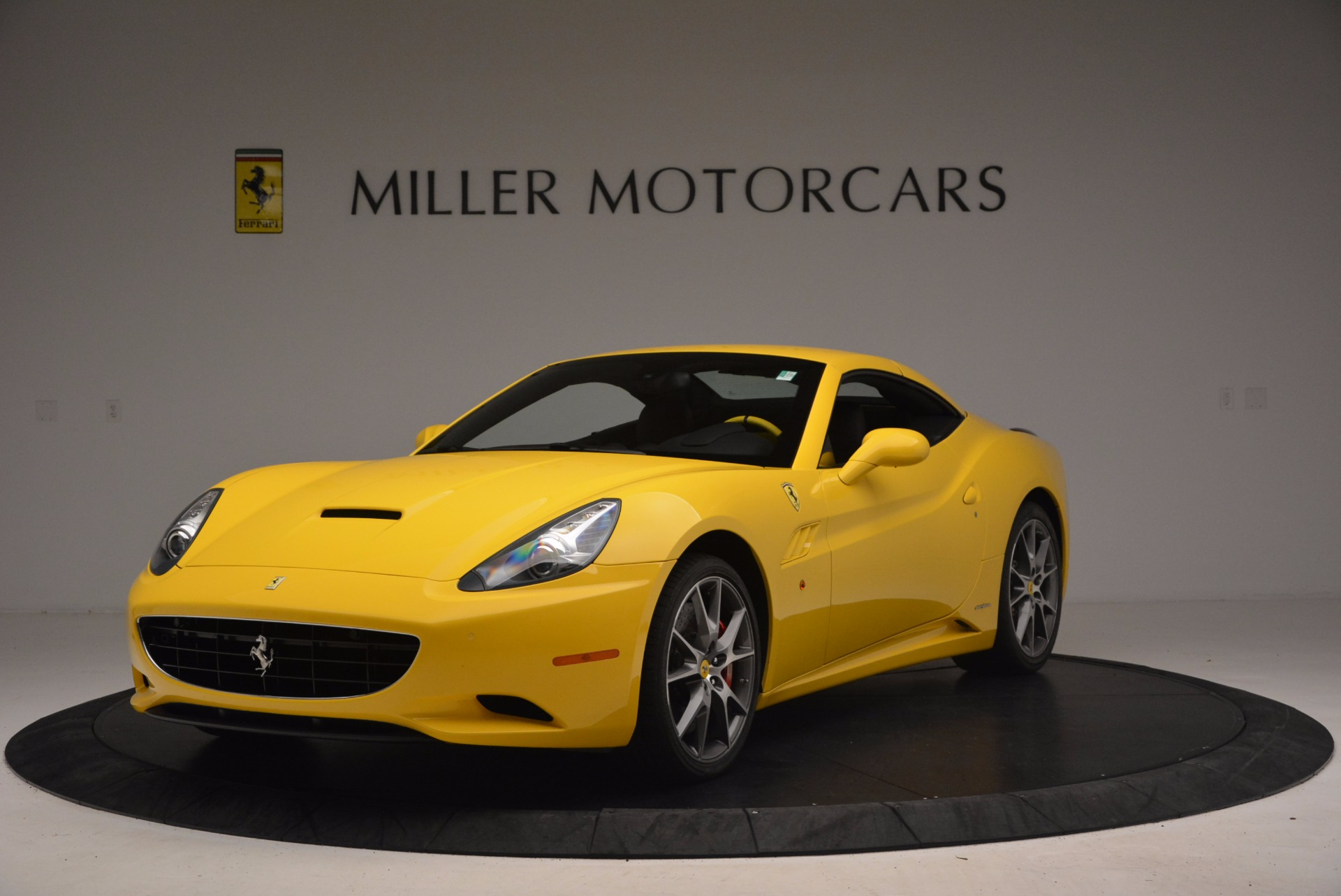 Used 2011 Ferrari California  For Sale In Greenwich, CT. Alfa Romeo of Greenwich, 4412 1481_p13