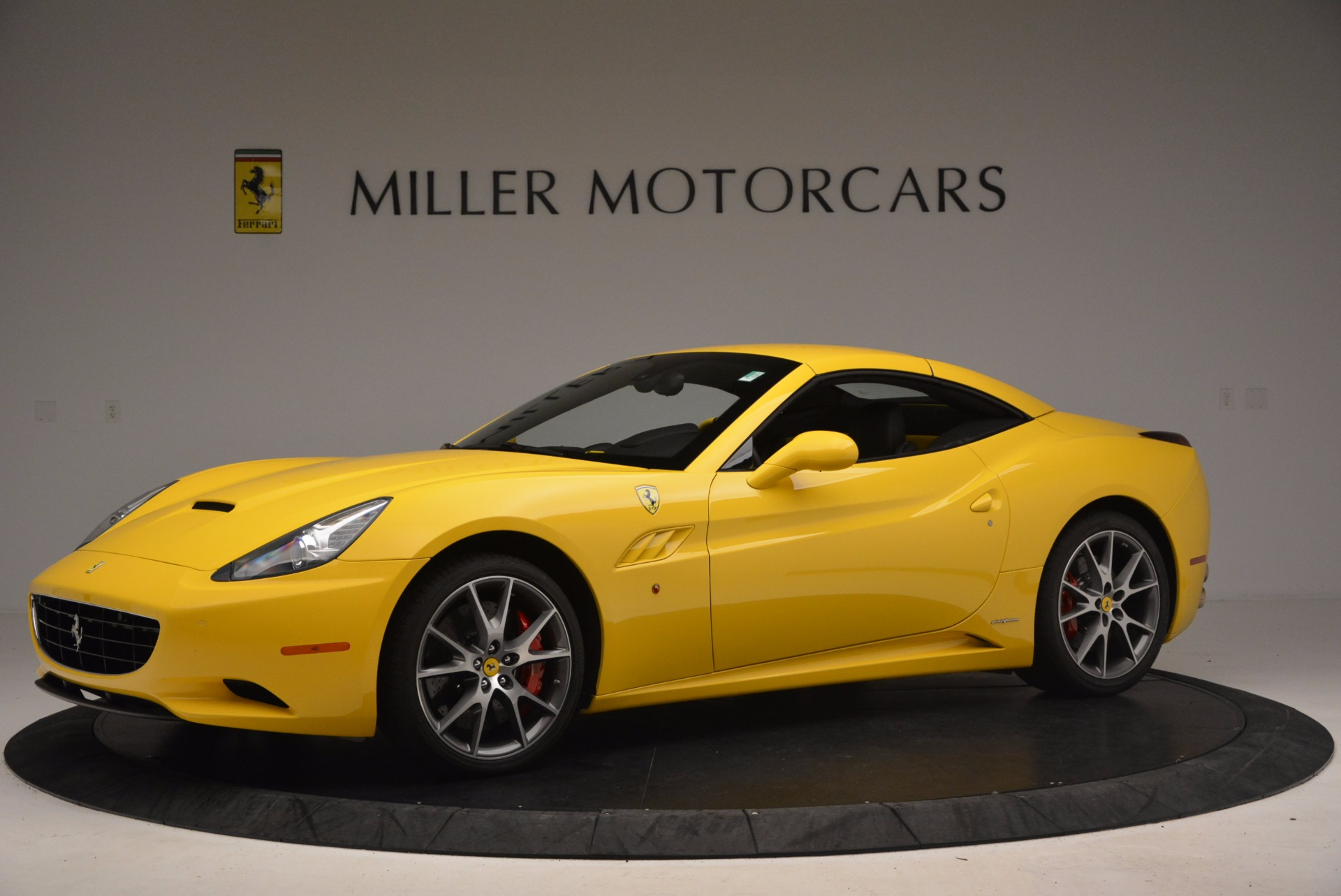 Used 2011 Ferrari California  For Sale In Greenwich, CT. Alfa Romeo of Greenwich, 4412 1481_p14
