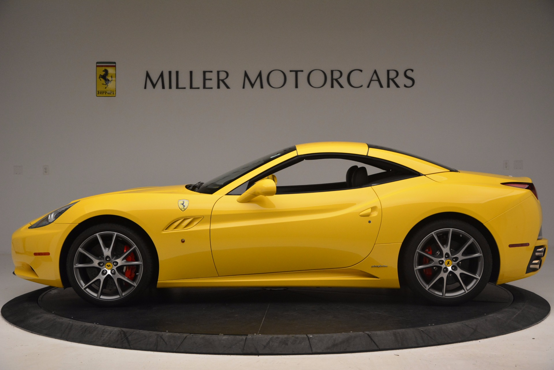 Used 2011 Ferrari California  For Sale In Greenwich, CT. Alfa Romeo of Greenwich, 4412 1481_p15