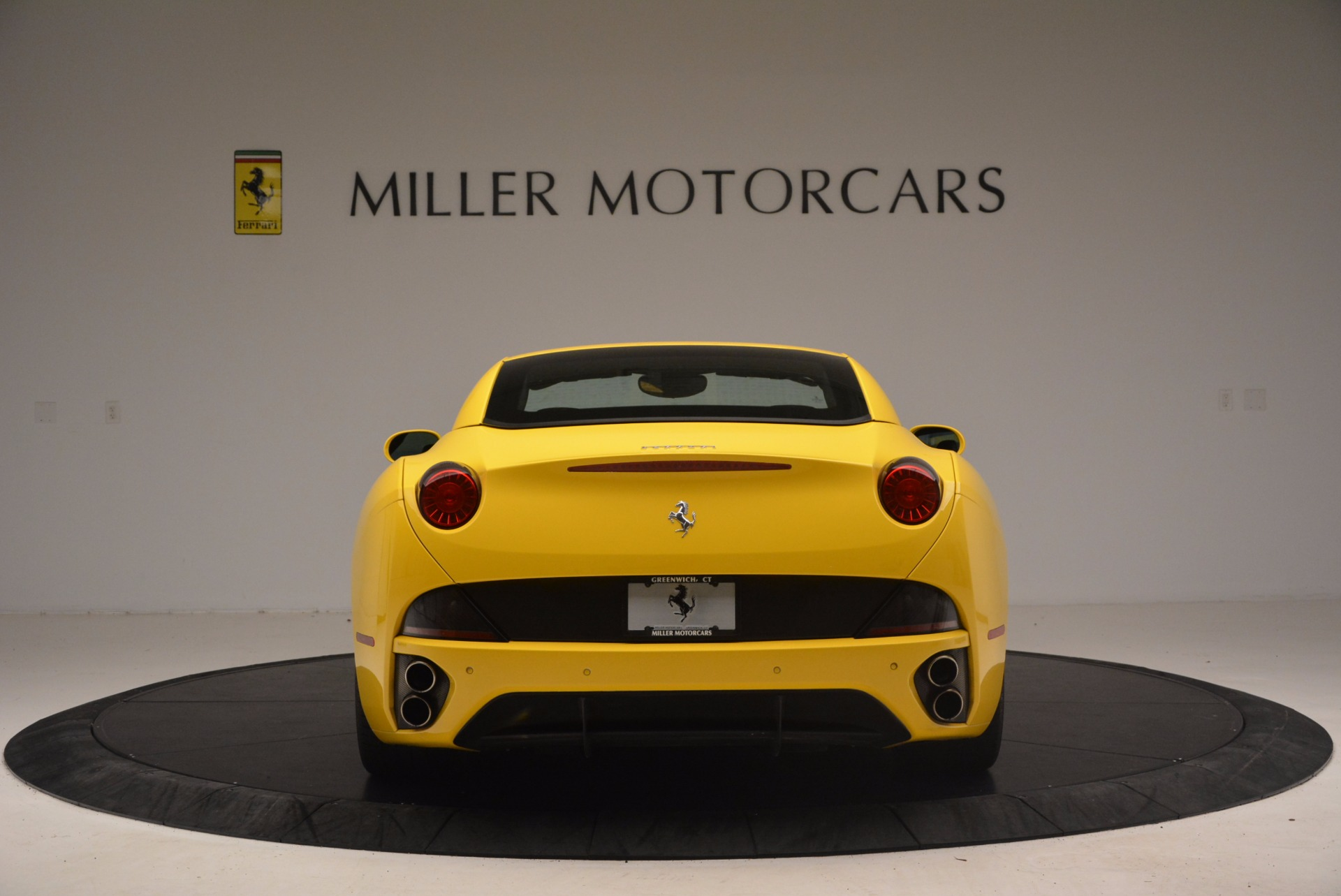 Used 2011 Ferrari California  For Sale In Greenwich, CT. Alfa Romeo of Greenwich, 4412 1481_p18