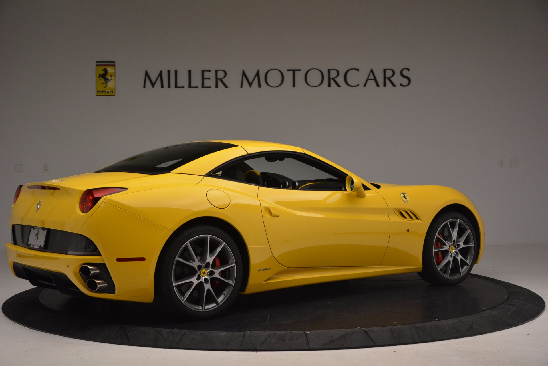 Used 2011 Ferrari California  For Sale In Greenwich, CT. Alfa Romeo of Greenwich, 4412 1481_p20