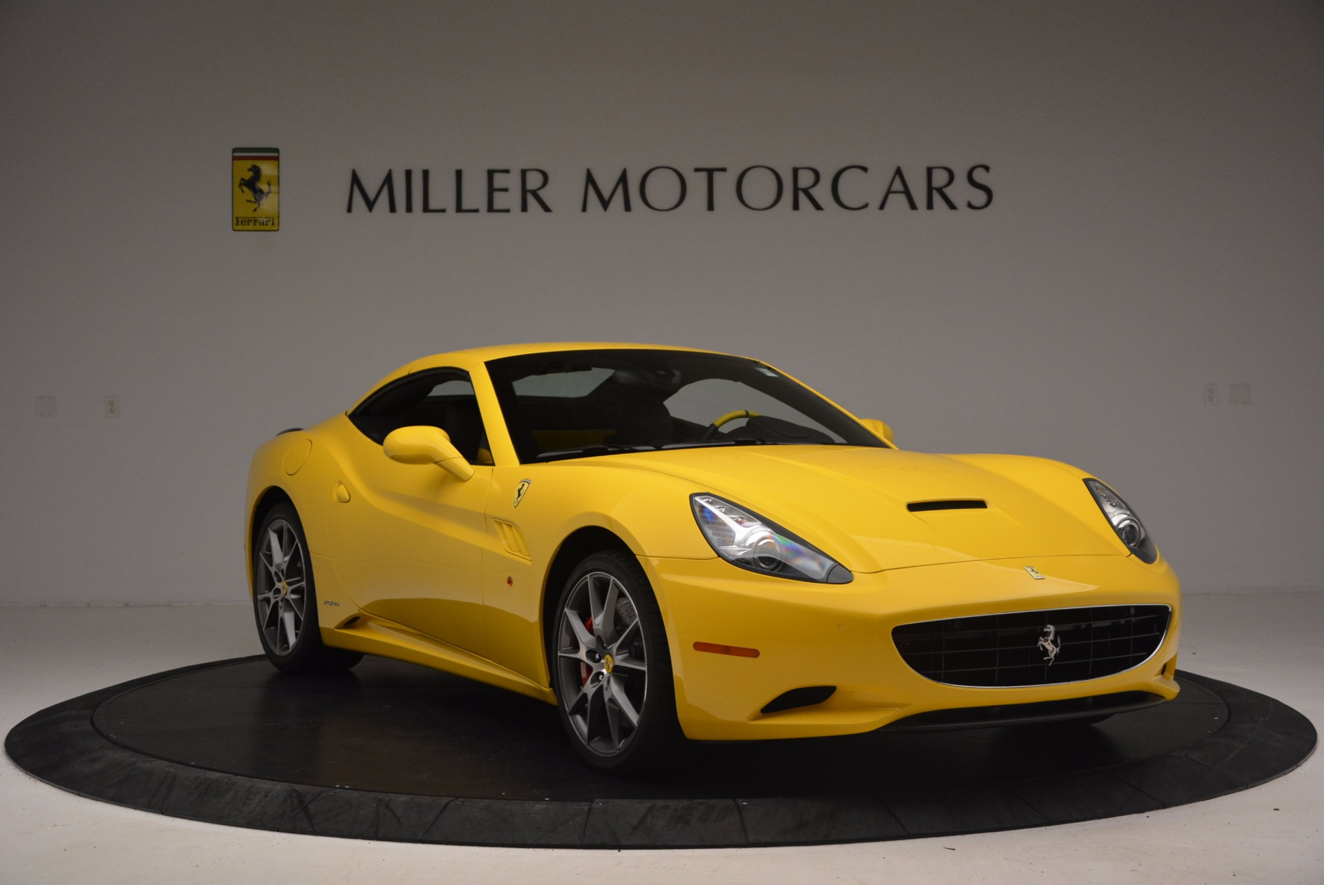 Used 2011 Ferrari California  For Sale In Greenwich, CT. Alfa Romeo of Greenwich, 4412 1481_p23