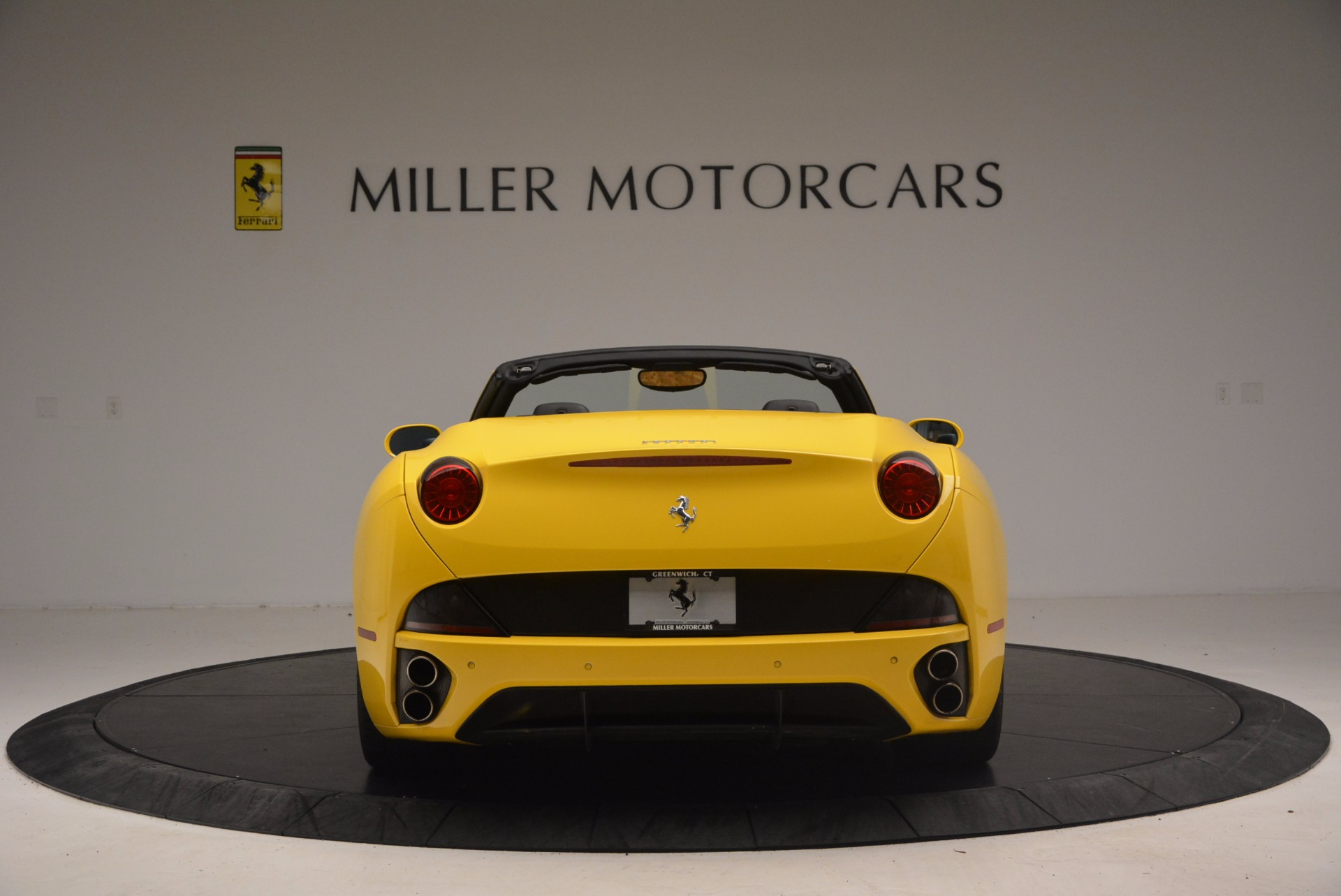 Used 2011 Ferrari California  For Sale In Greenwich, CT. Alfa Romeo of Greenwich, 4412 1481_p6