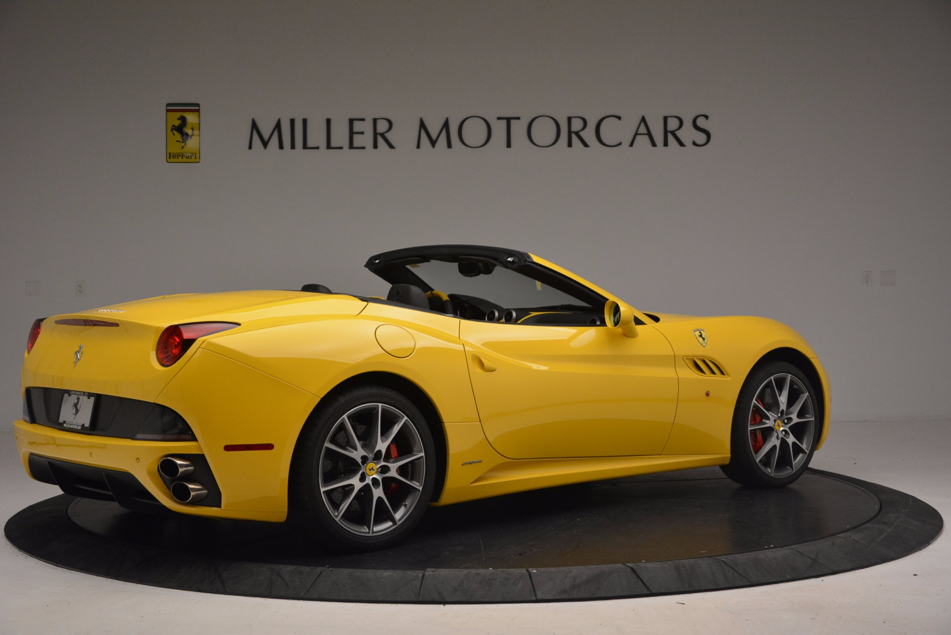 Used 2011 Ferrari California  For Sale In Greenwich, CT. Alfa Romeo of Greenwich, 4412 1481_p8