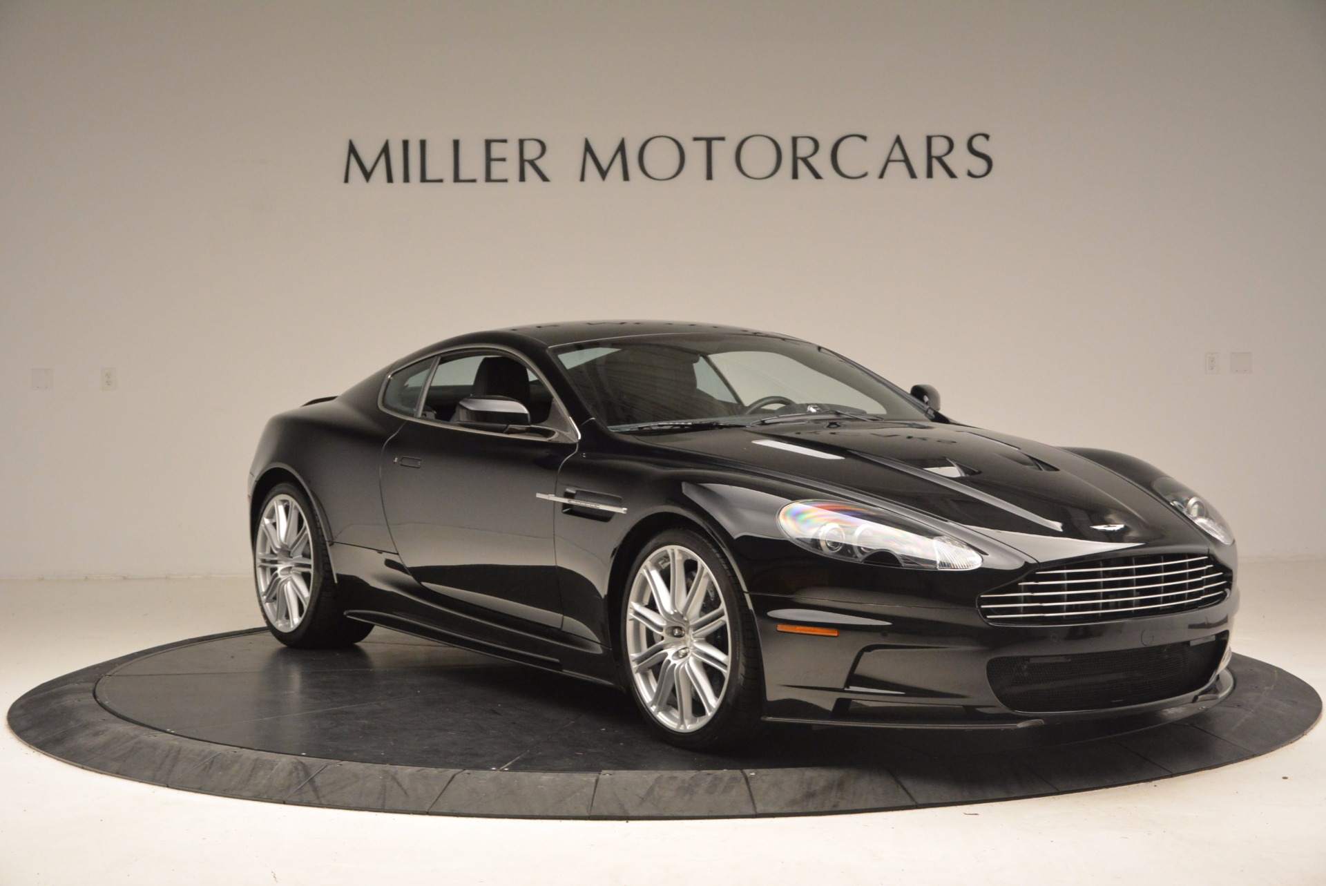 Used 2009 Aston Martin DBS  For Sale In Greenwich, CT. Alfa Romeo of Greenwich, A1227A 1485_p11
