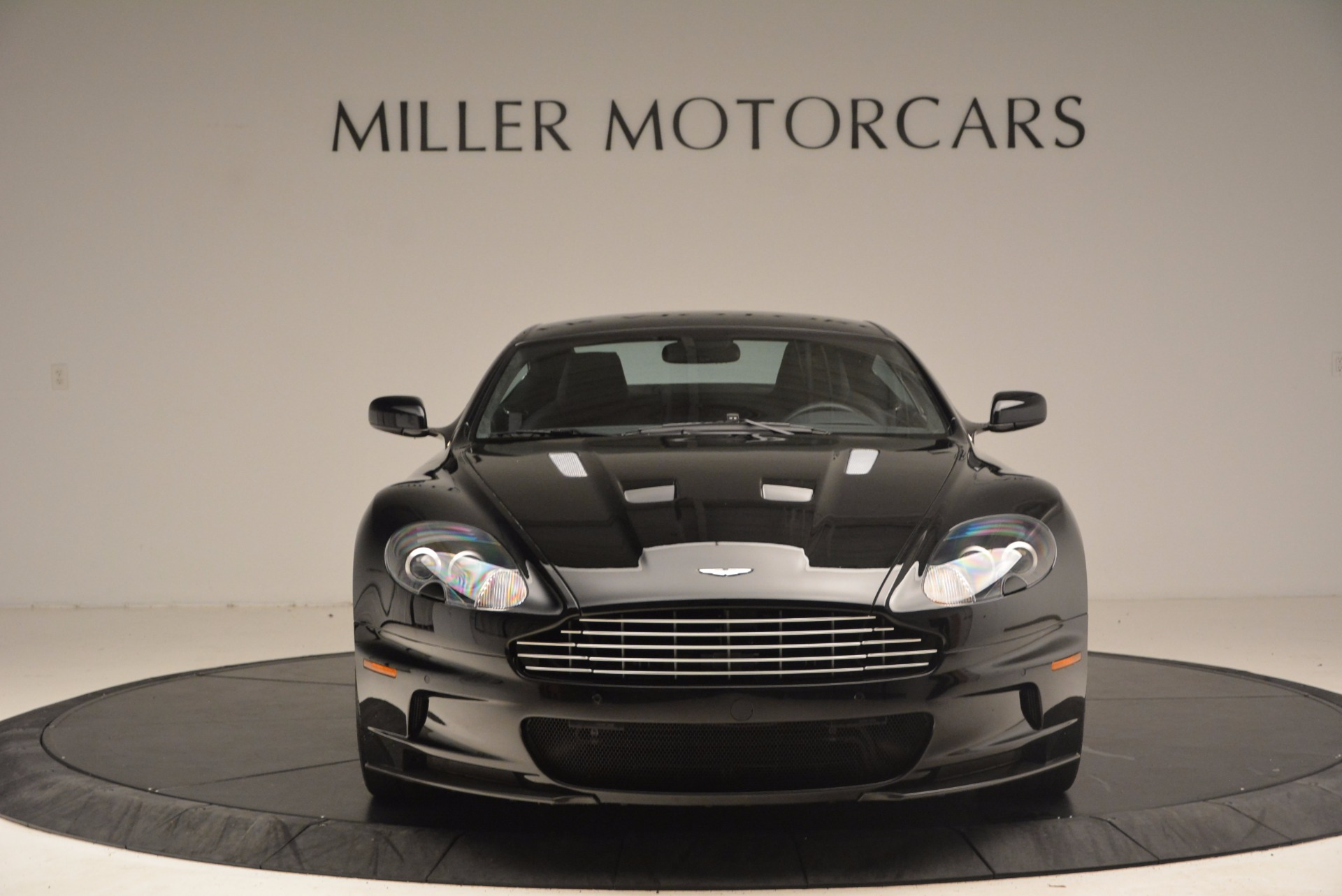 Used 2009 Aston Martin DBS  For Sale In Greenwich, CT. Alfa Romeo of Greenwich, A1227A 1485_p12