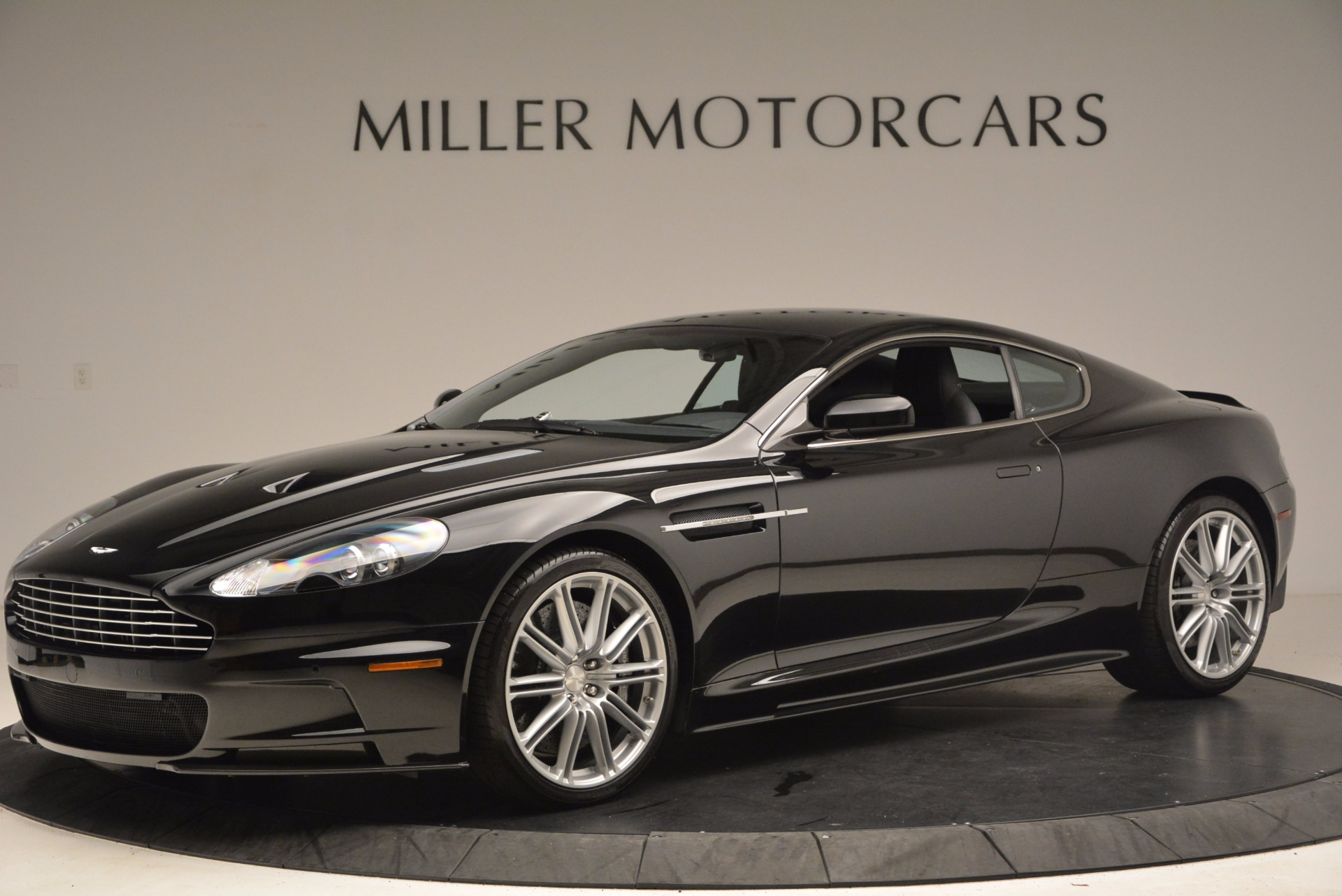 Used 2009 Aston Martin DBS  For Sale In Greenwich, CT. Alfa Romeo of Greenwich, A1227A 1485_p2