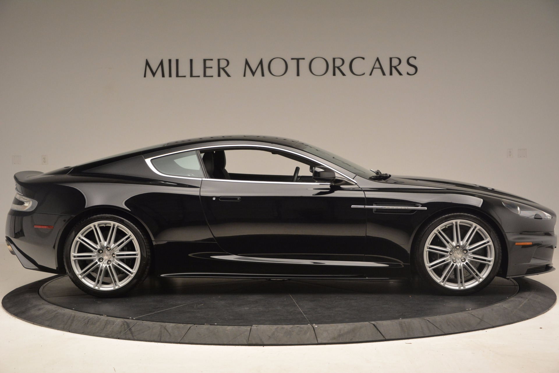 Used 2009 Aston Martin DBS  For Sale In Greenwich, CT. Alfa Romeo of Greenwich, A1227A 1485_p9