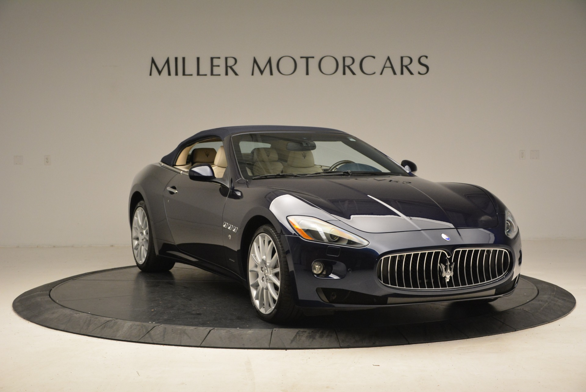 Used 2016 Maserati GranTurismo  For Sale In Greenwich, CT. Alfa Romeo of Greenwich, 7268 1499_p23