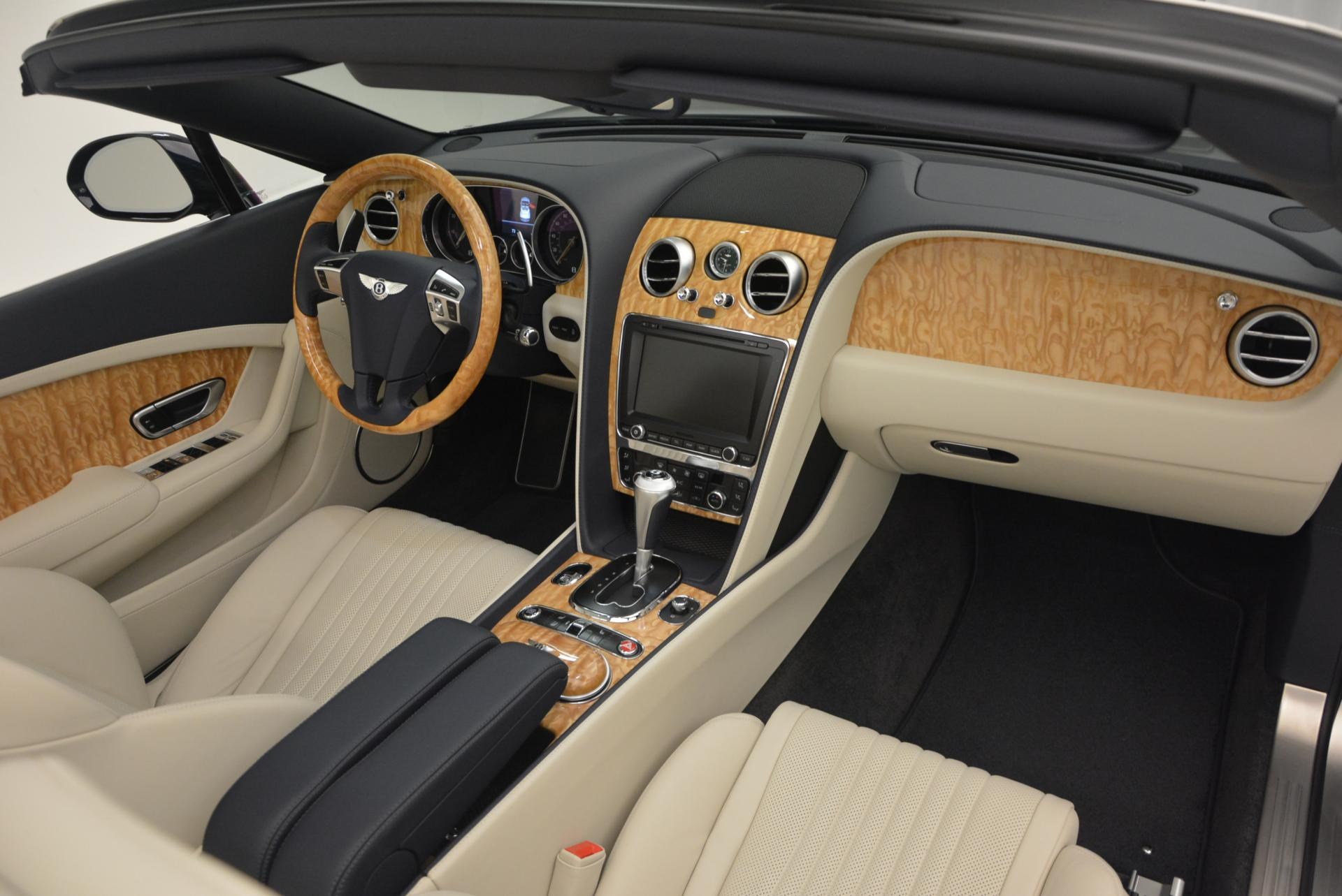 Used 2016 Bentley Continental GT V8 S Convertible  For Sale In Greenwich, CT. Alfa Romeo of Greenwich, B1157 15_p51