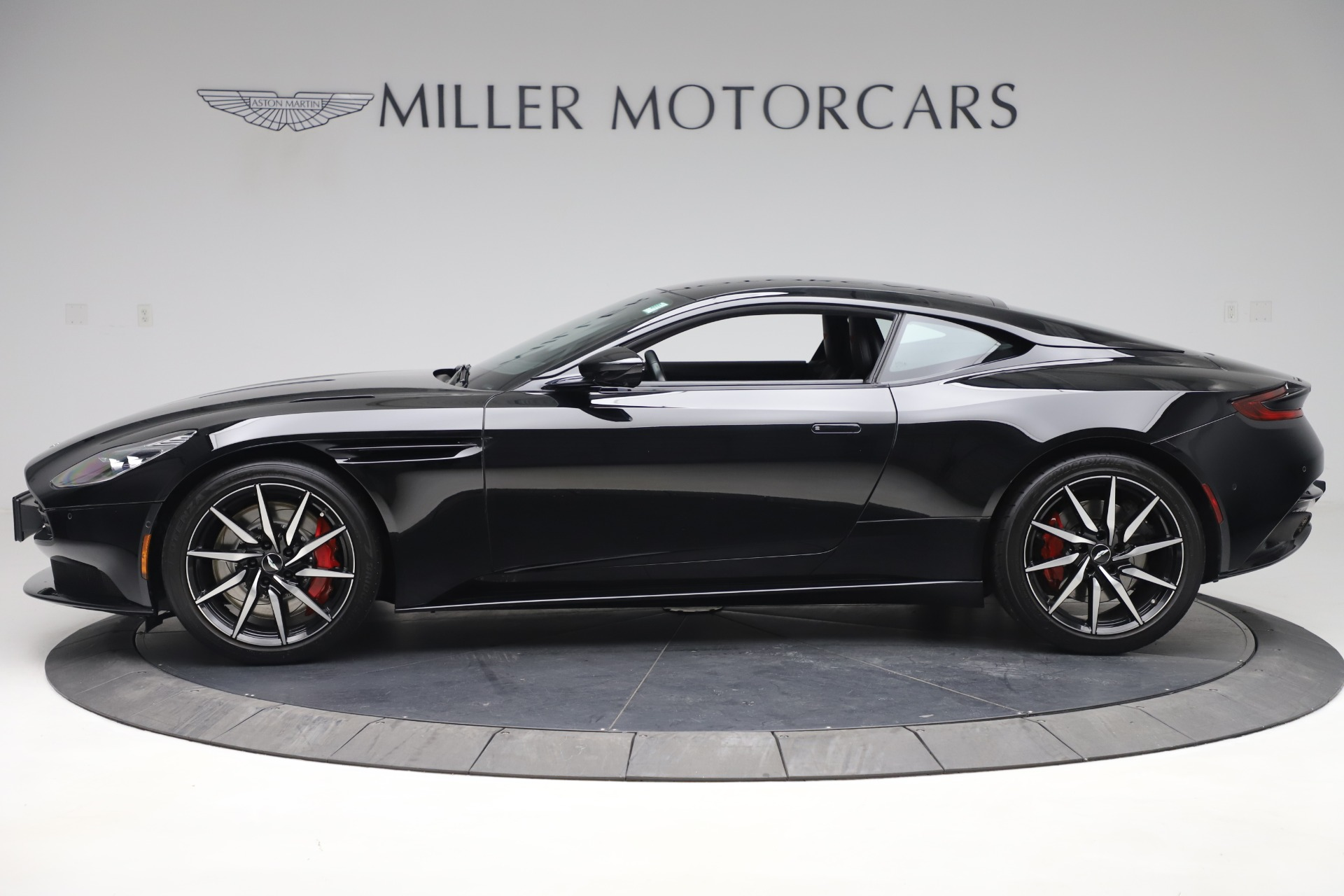 New 2017 Aston Martin DB11  For Sale In Greenwich, CT. Alfa Romeo of Greenwich, A1252 1503_p3