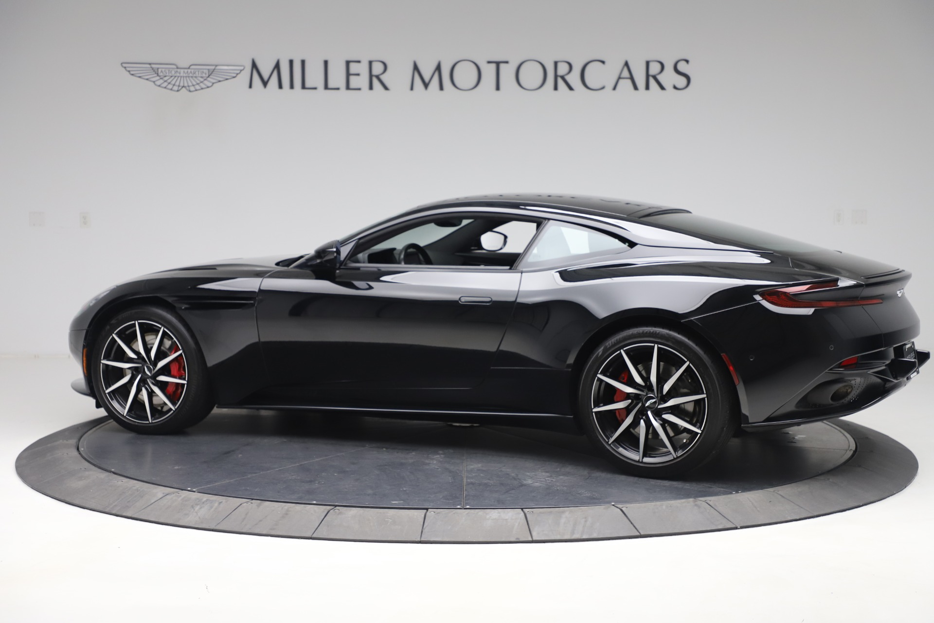 New 2017 Aston Martin DB11  For Sale In Greenwich, CT. Alfa Romeo of Greenwich, A1252 1503_p4