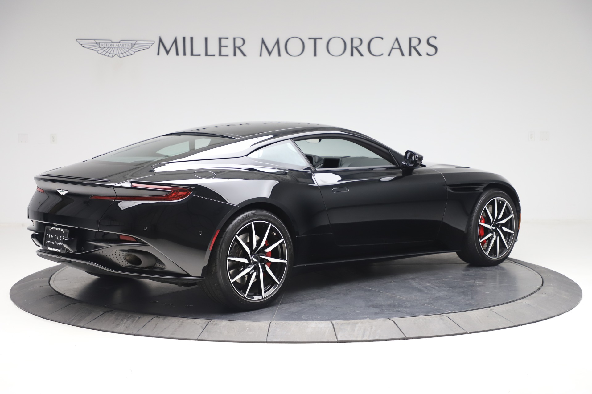 New 2017 Aston Martin DB11  For Sale In Greenwich, CT. Alfa Romeo of Greenwich, A1252 1503_p7
