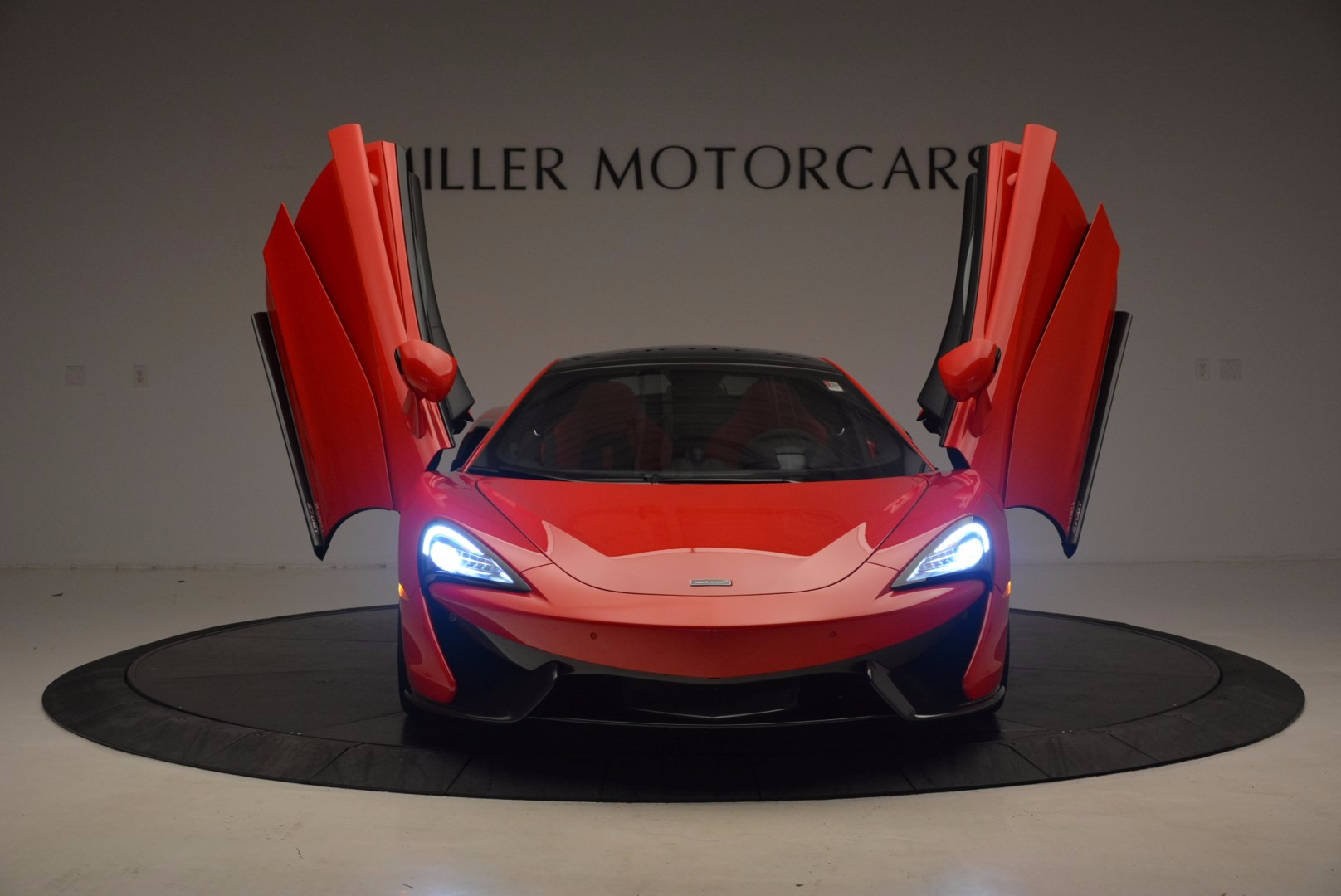 Used 2017 McLaren 570GT  For Sale In Greenwich, CT. Alfa Romeo of Greenwich, MC309A 1506_p12