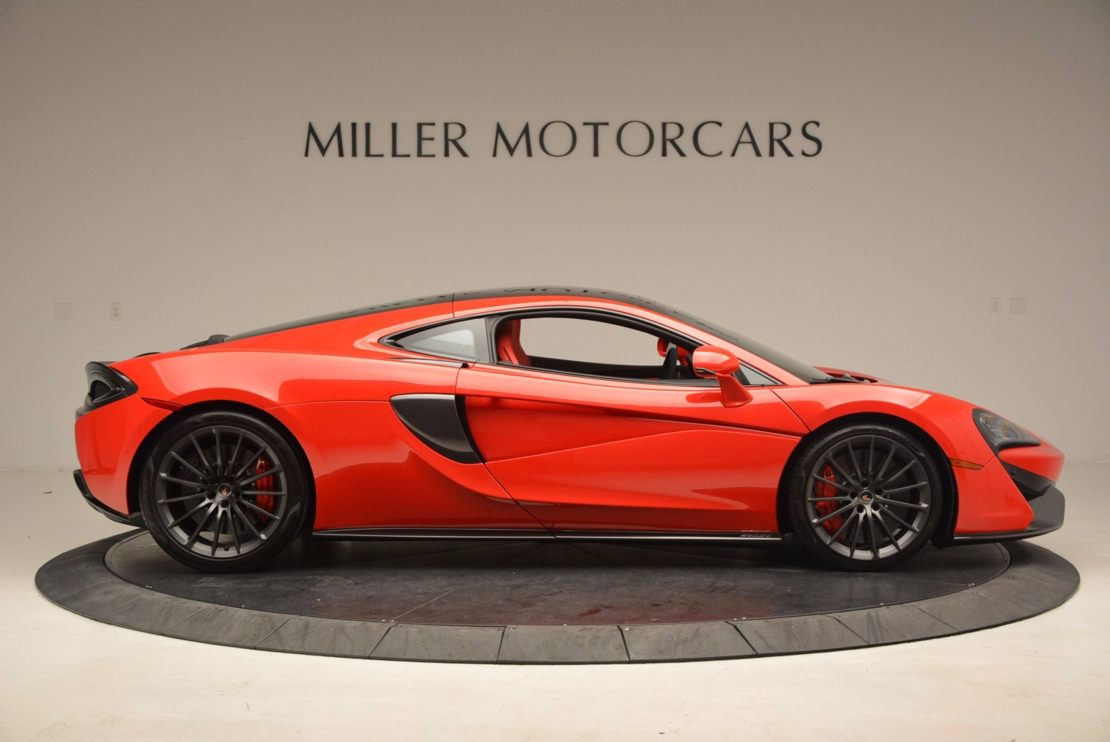 Used 2017 McLaren 570GT  For Sale In Greenwich, CT. Alfa Romeo of Greenwich, MC309A 1506_p8