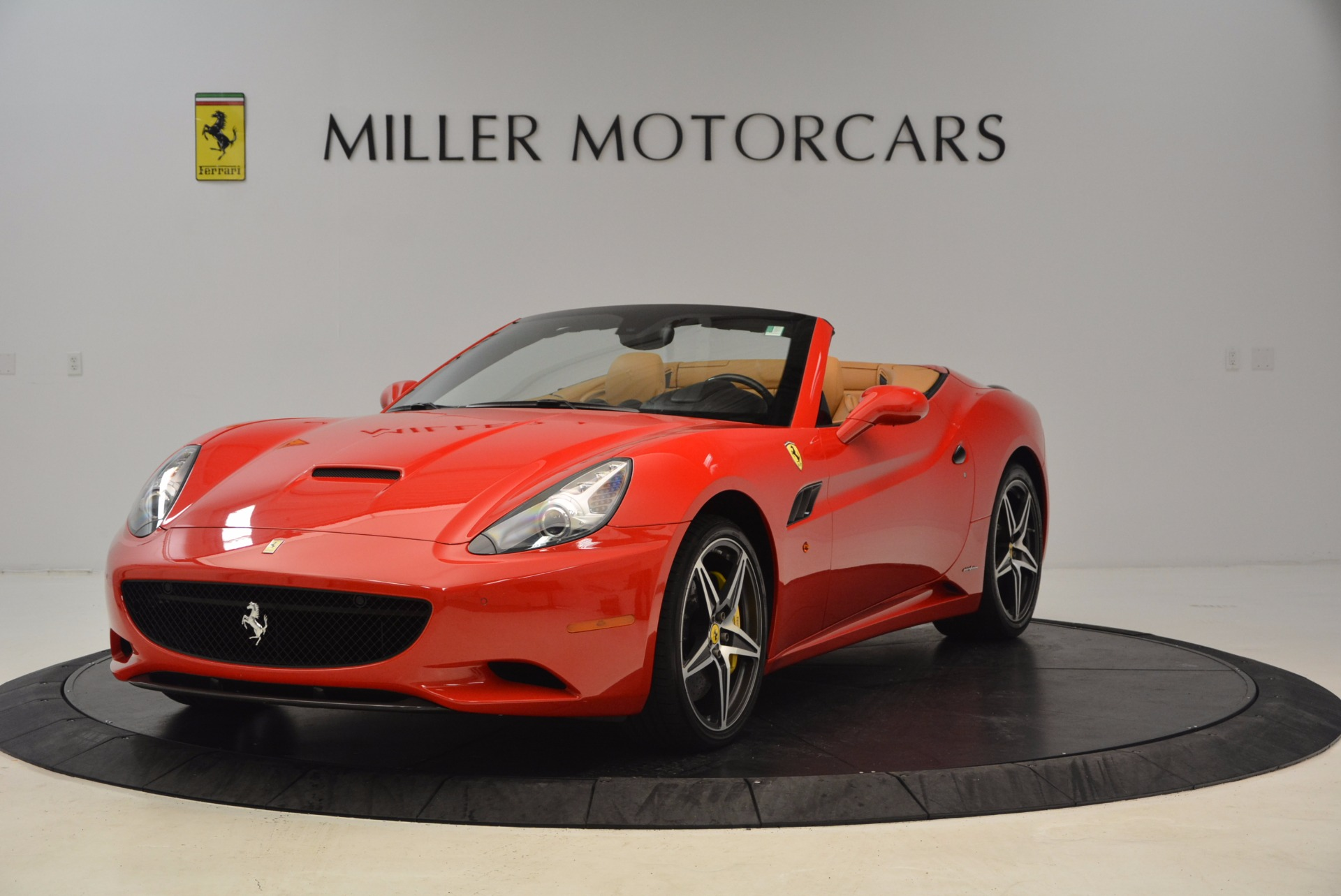 Used 2012 Ferrari California  For Sale In Greenwich, CT. Alfa Romeo of Greenwich, 4414 1508_main