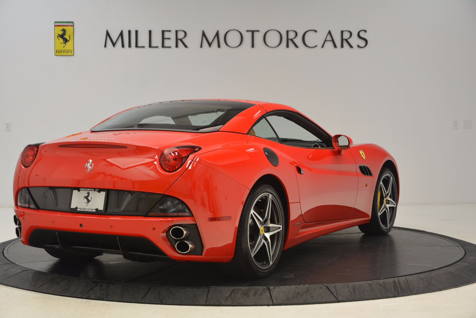 Used 2012 Ferrari California  For Sale In Greenwich, CT. Alfa Romeo of Greenwich, 4414 1508_p14