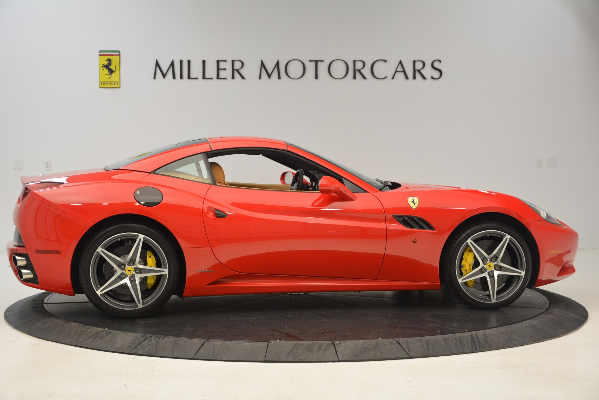 Used 2012 Ferrari California  For Sale In Greenwich, CT. Alfa Romeo of Greenwich, 4414 1508_p15