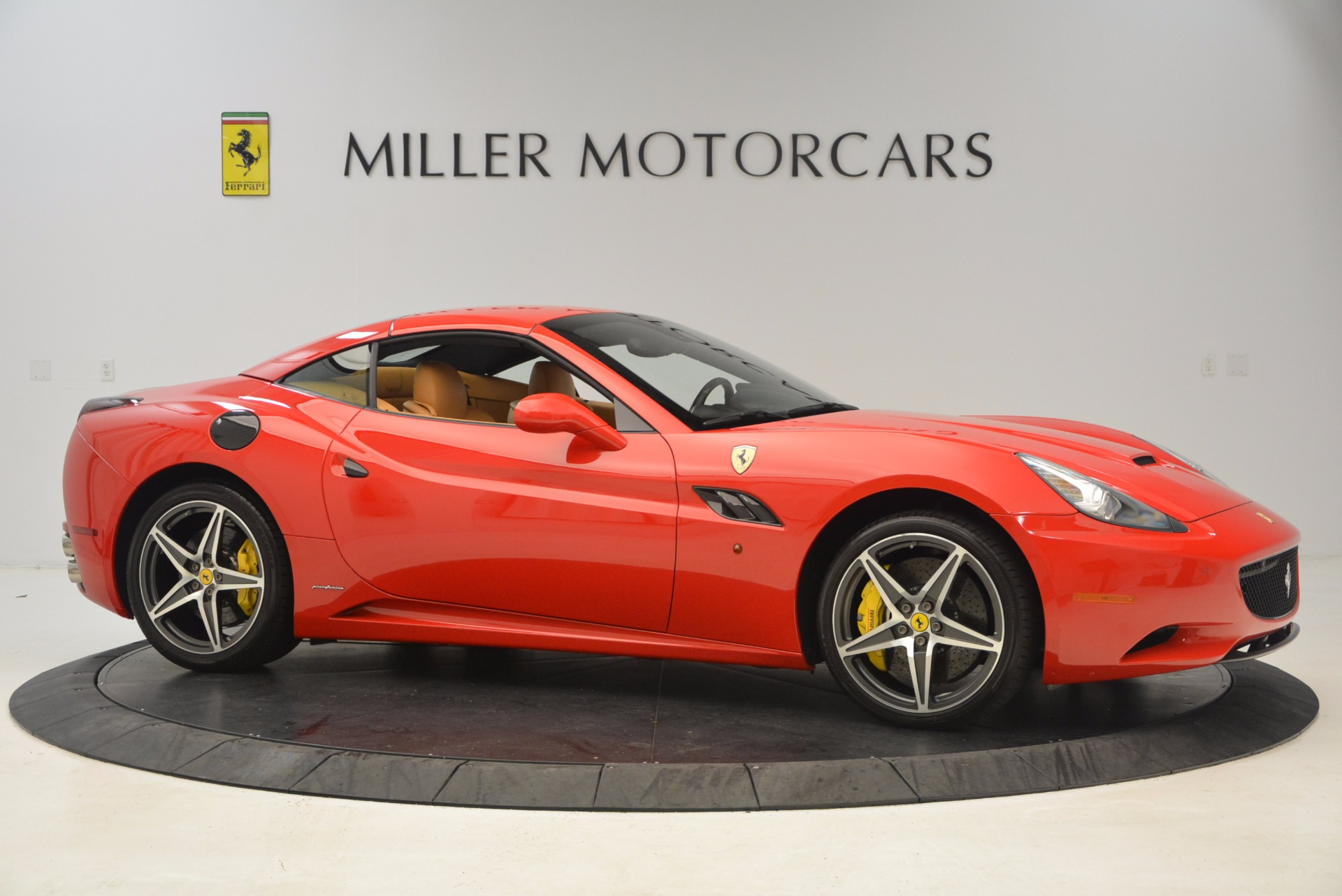 Used 2012 Ferrari California  For Sale In Greenwich, CT. Alfa Romeo of Greenwich, 4414 1508_p16