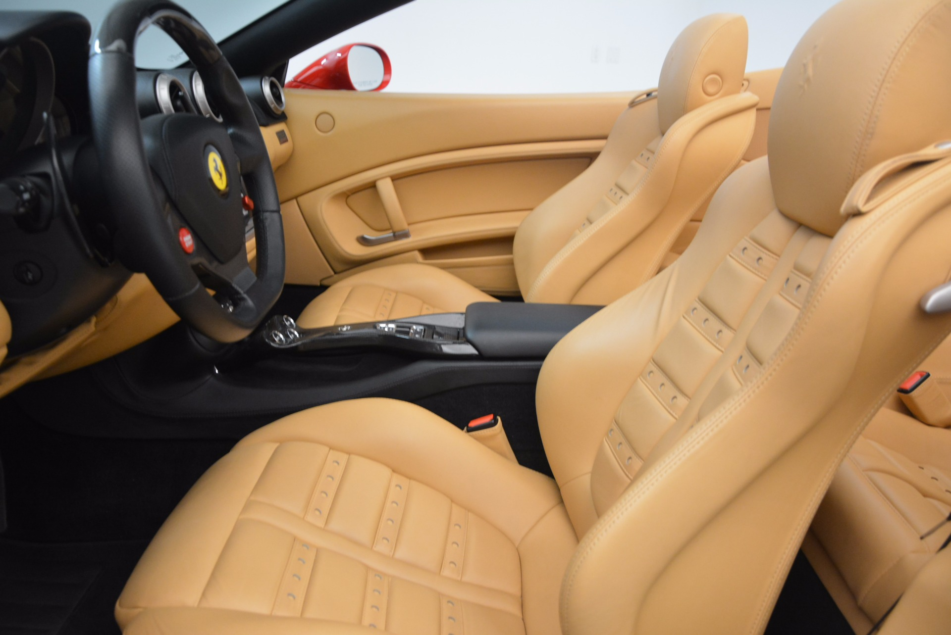 Used 2012 Ferrari California  For Sale In Greenwich, CT. Alfa Romeo of Greenwich, 4414 1508_p18