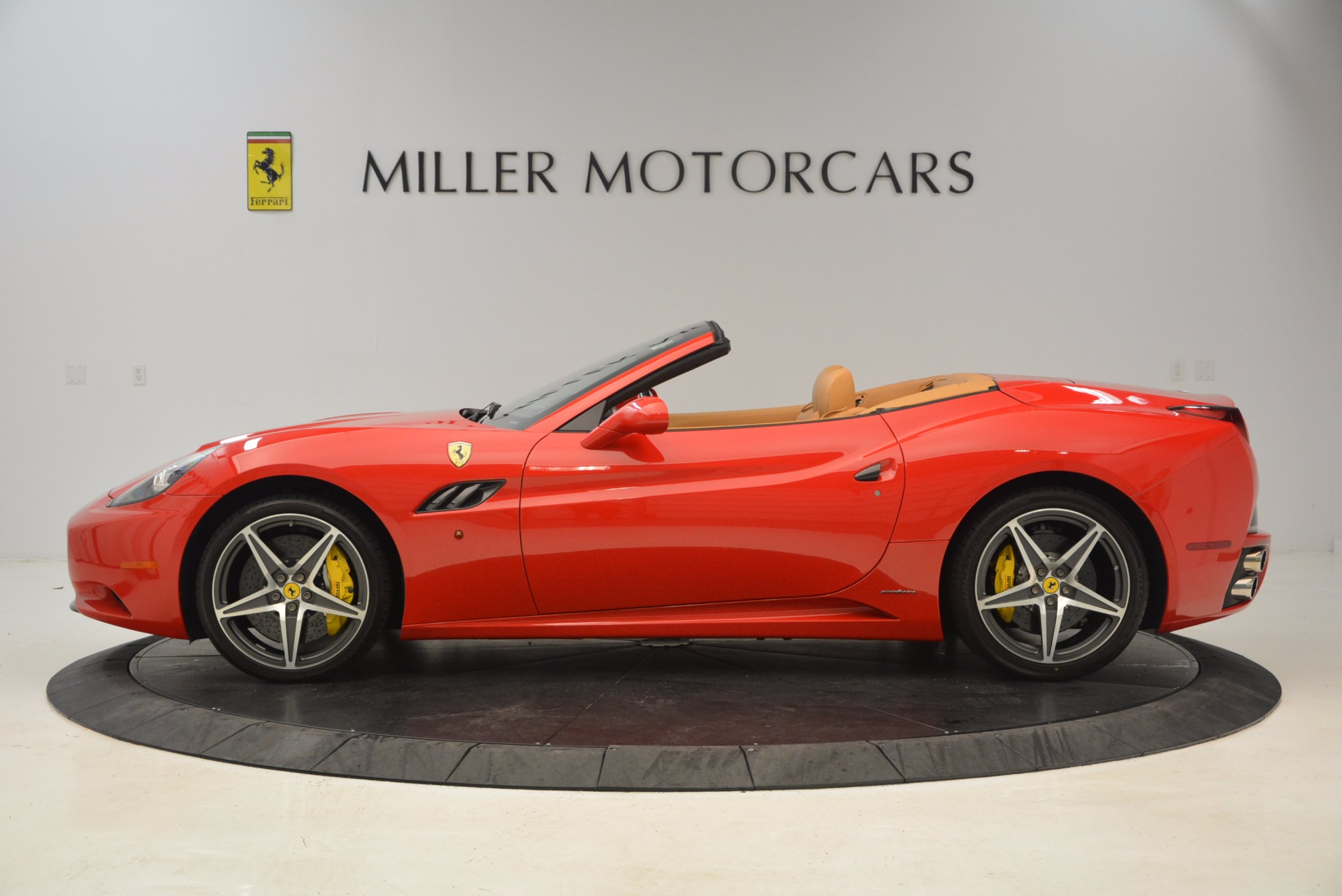 Used 2012 Ferrari California  For Sale In Greenwich, CT. Alfa Romeo of Greenwich, 4414 1508_p3