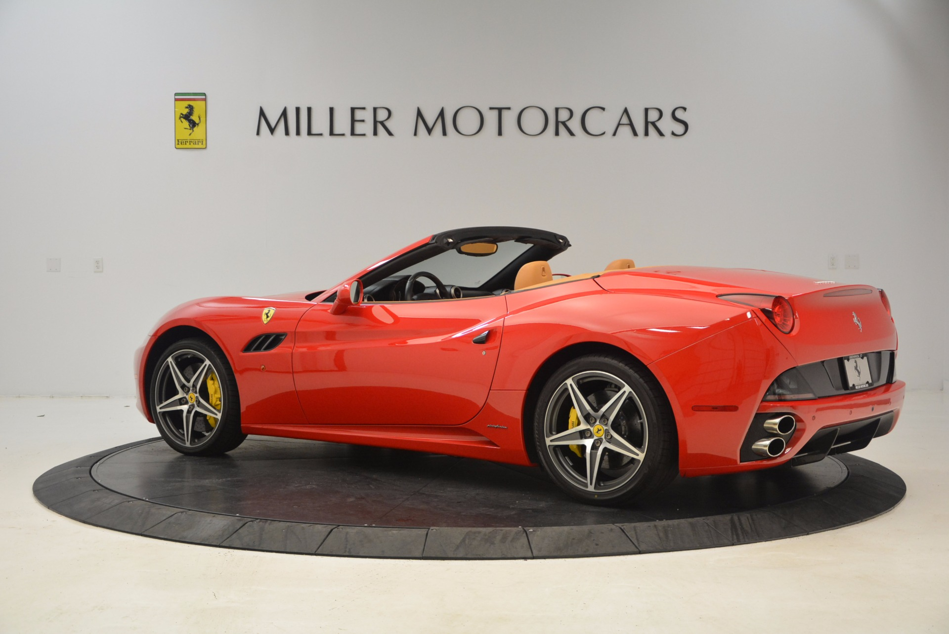 Used 2012 Ferrari California  For Sale In Greenwich, CT. Alfa Romeo of Greenwich, 4414 1508_p4