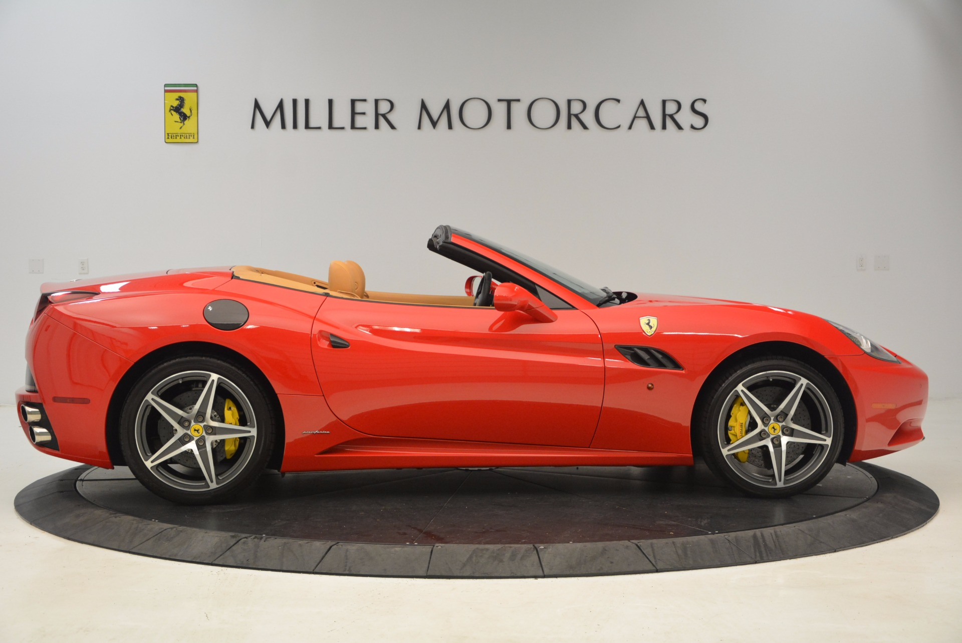 Used 2012 Ferrari California  For Sale In Greenwich, CT. Alfa Romeo of Greenwich, 4414 1508_p9