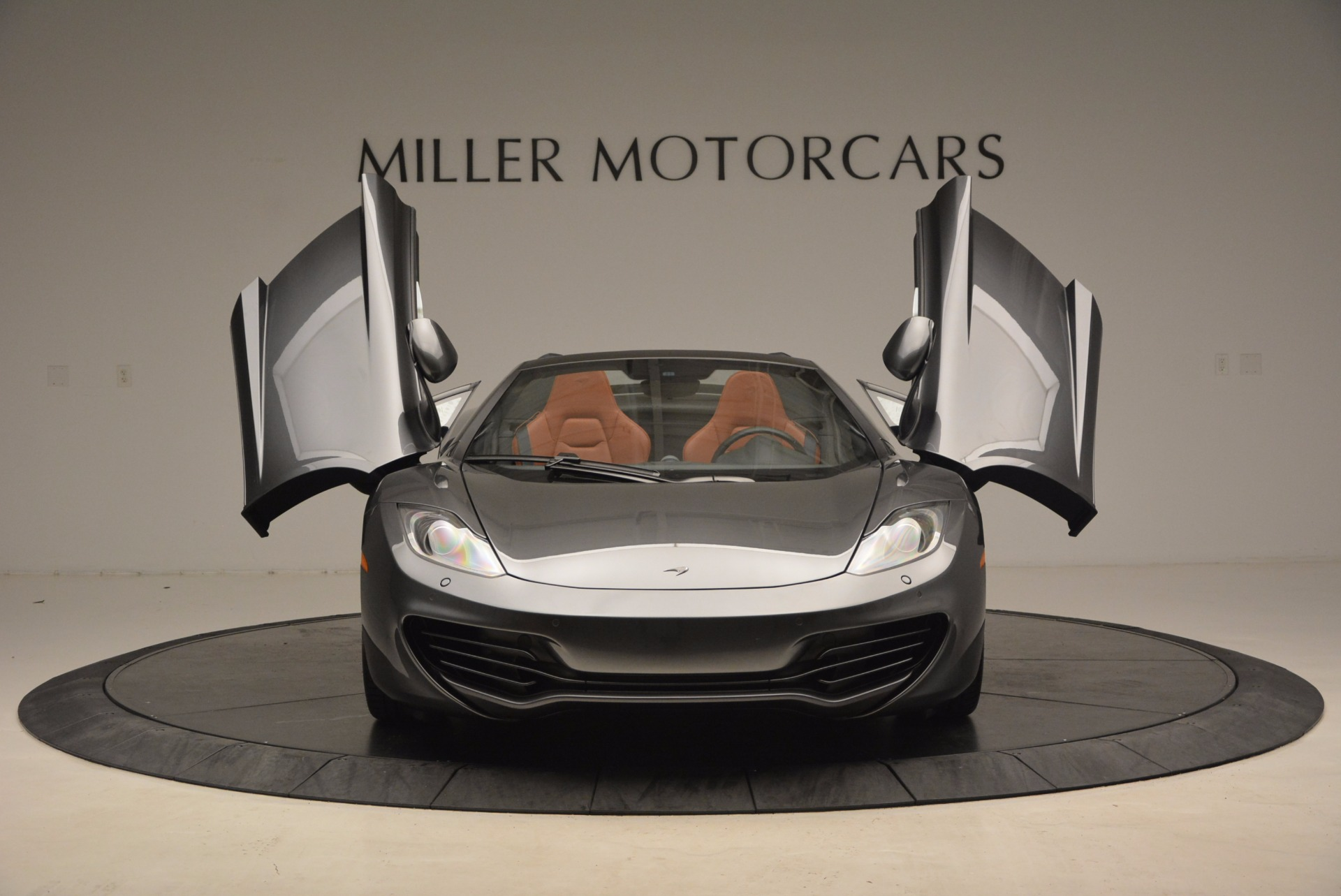 Used 2014 McLaren MP4-12C Convertible For Sale In Greenwich, CT. Alfa Romeo of Greenwich, 3175A 1510_p13