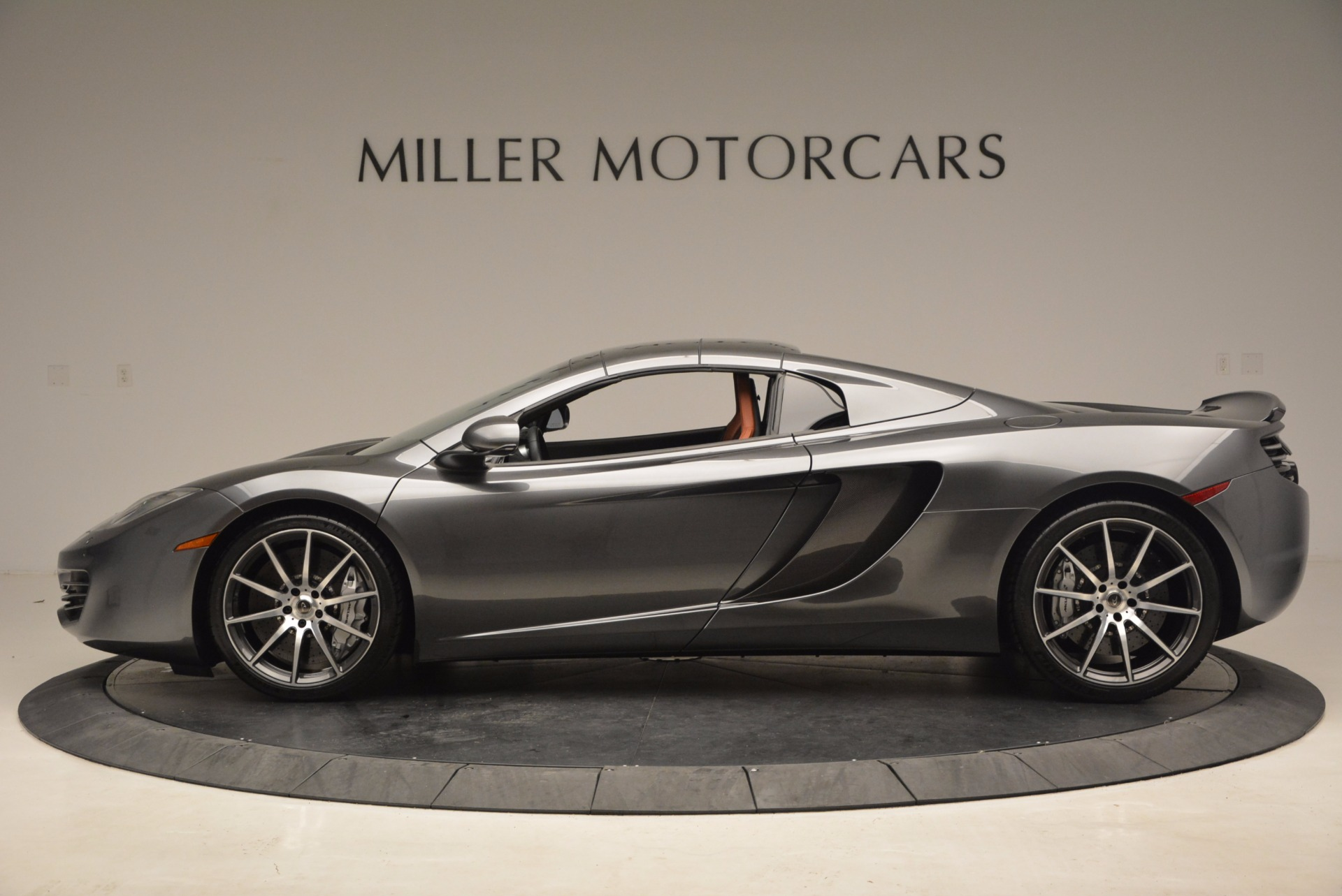 Used 2014 McLaren MP4-12C Convertible For Sale In Greenwich, CT. Alfa Romeo of Greenwich, 3175A 1510_p16