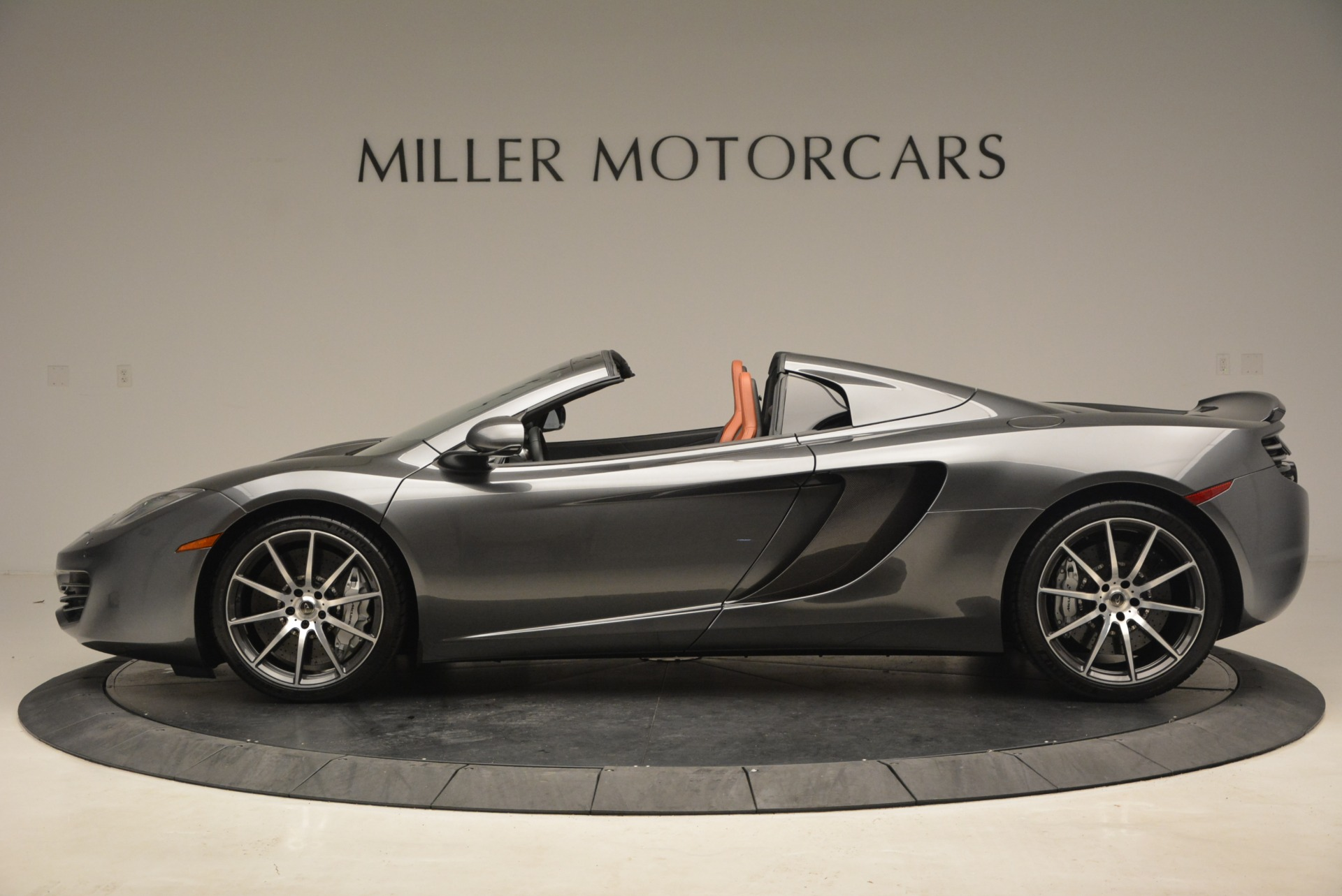 Used 2014 McLaren MP4-12C Convertible For Sale In Greenwich, CT. Alfa Romeo of Greenwich, 3175A 1510_p3