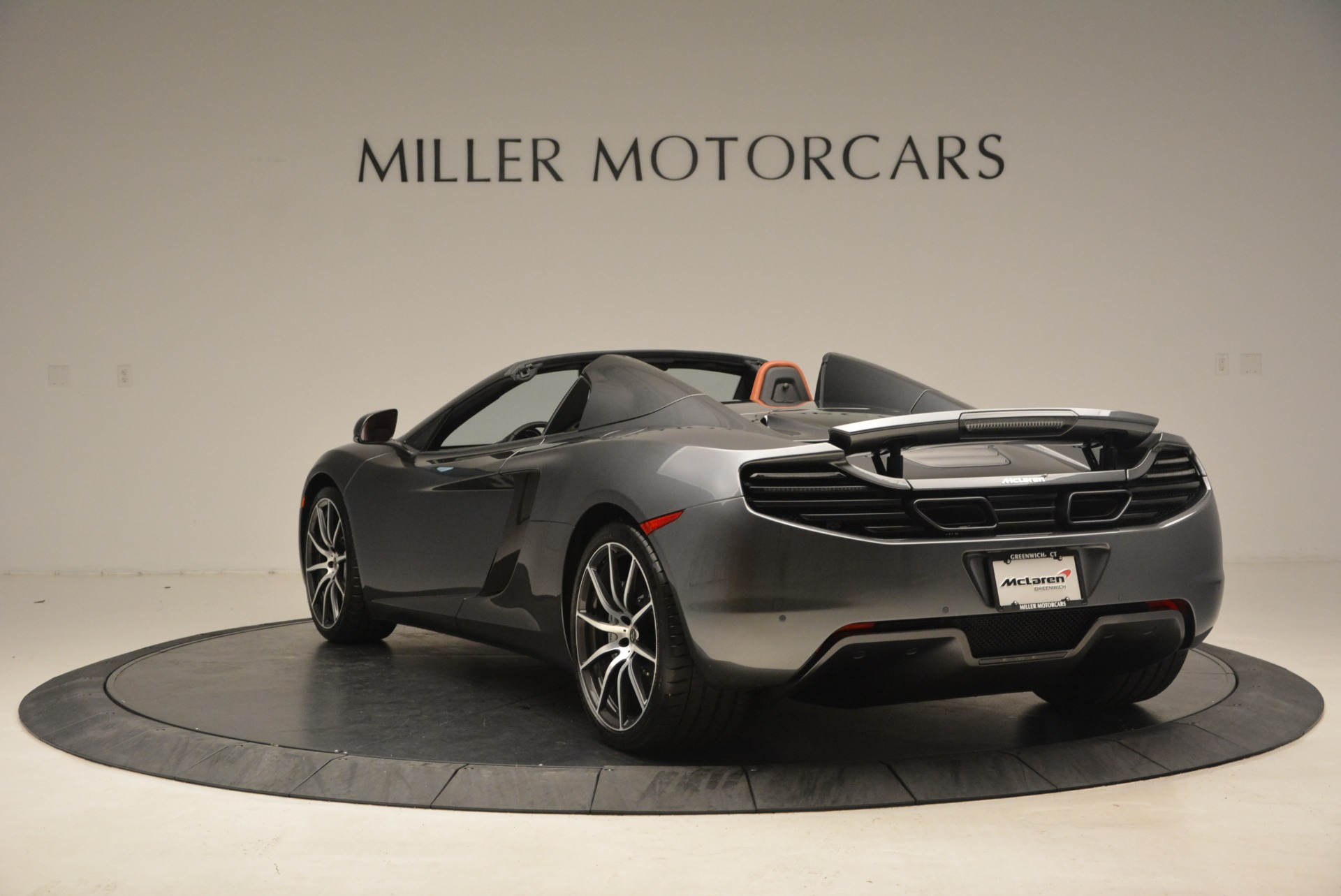 Used 2014 McLaren MP4-12C Convertible For Sale In Greenwich, CT. Alfa Romeo of Greenwich, 3175A 1510_p5